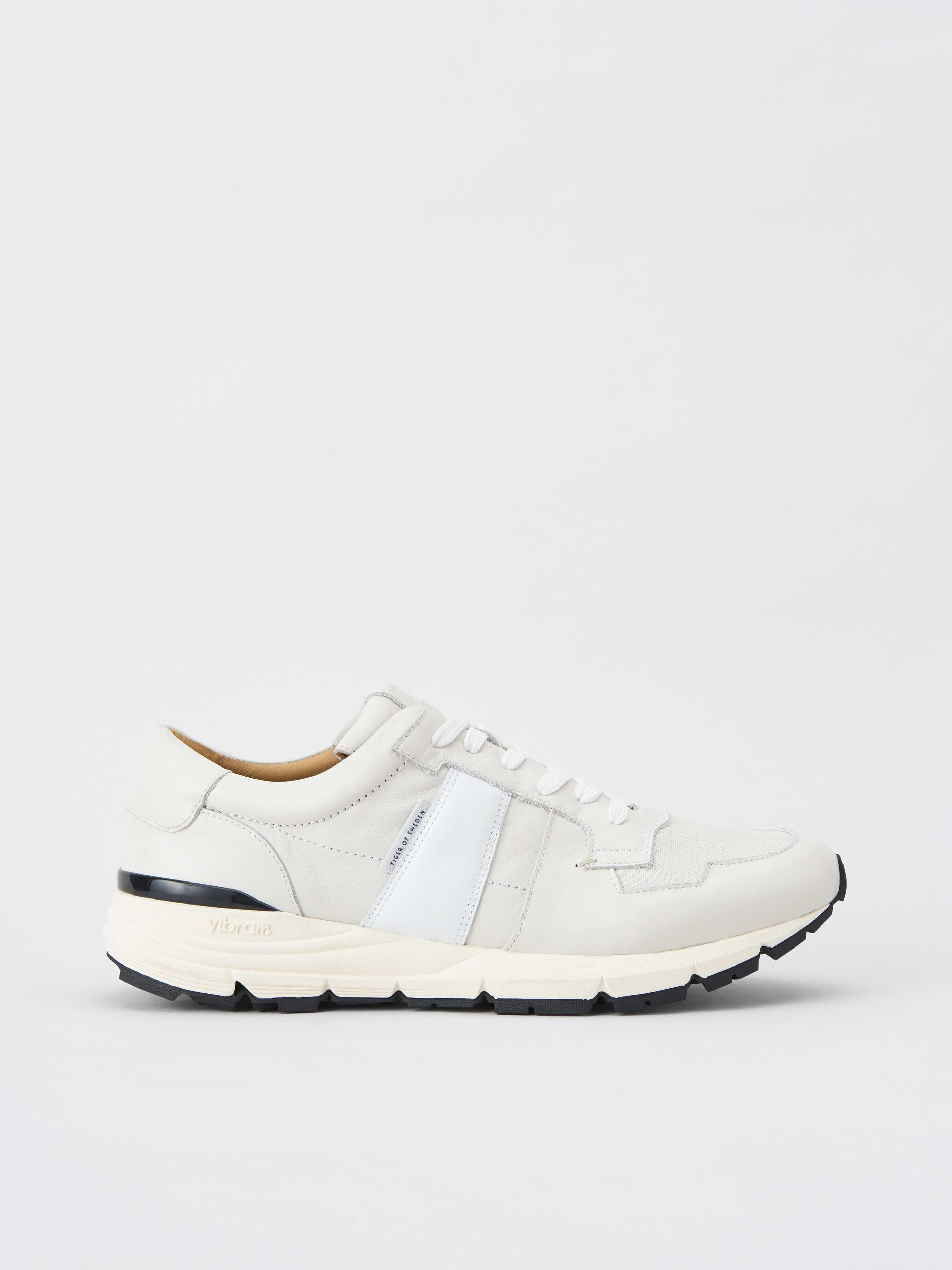 Saarinen Sneakers Köp Shoes online