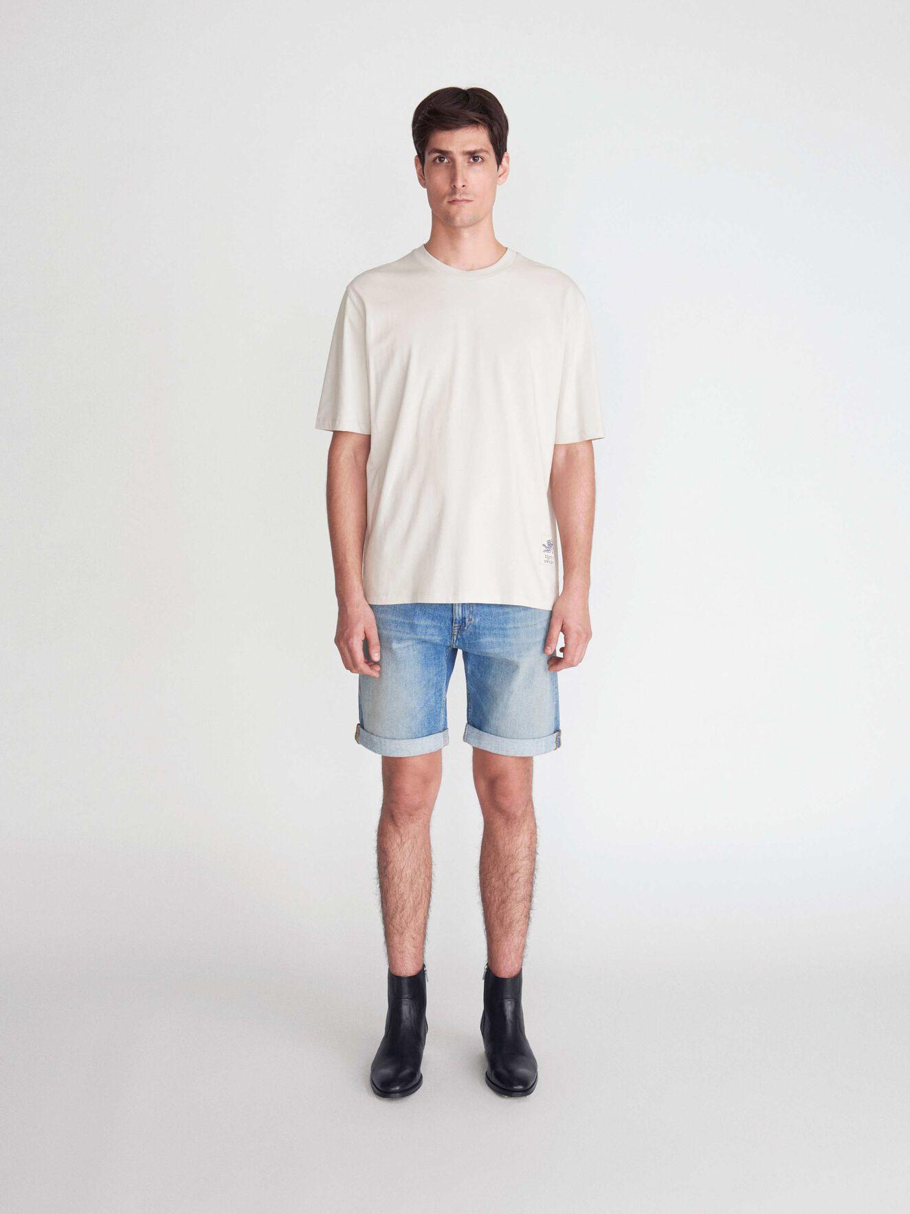 d7dd984d4 Jeans - Buy designer T-shirts in Tiger of Sweden s jeans collection