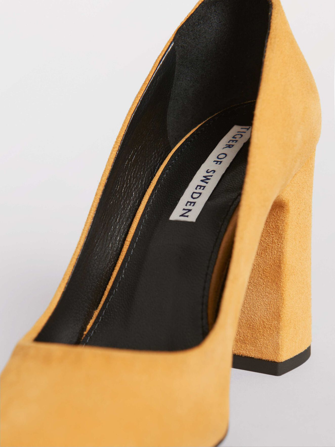Sai Pumps in Mustard from Tiger of Sweden
