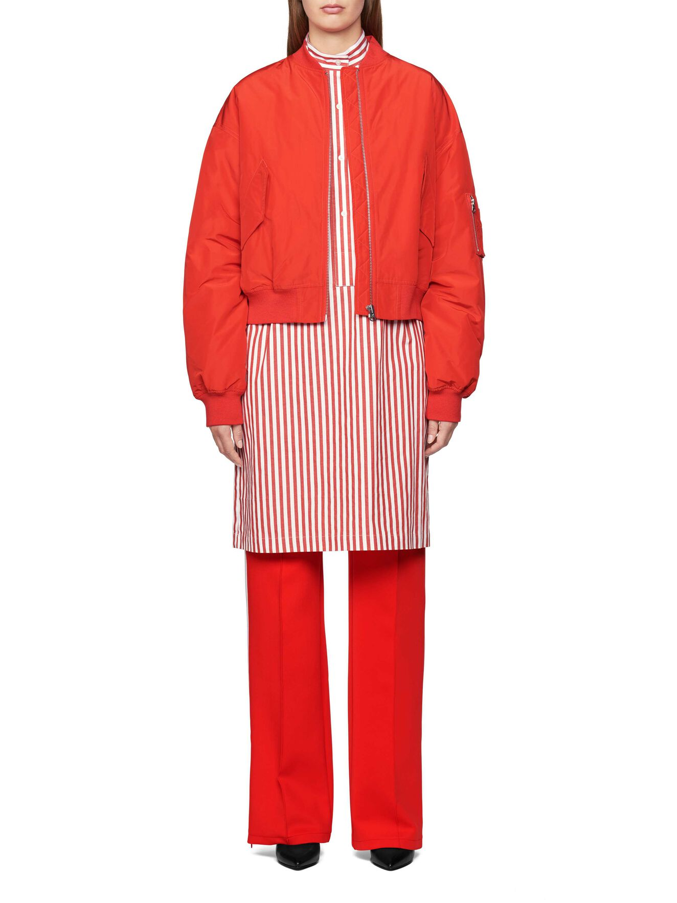 Radio Track Pants in Valiant Poppy from Tiger of Sweden