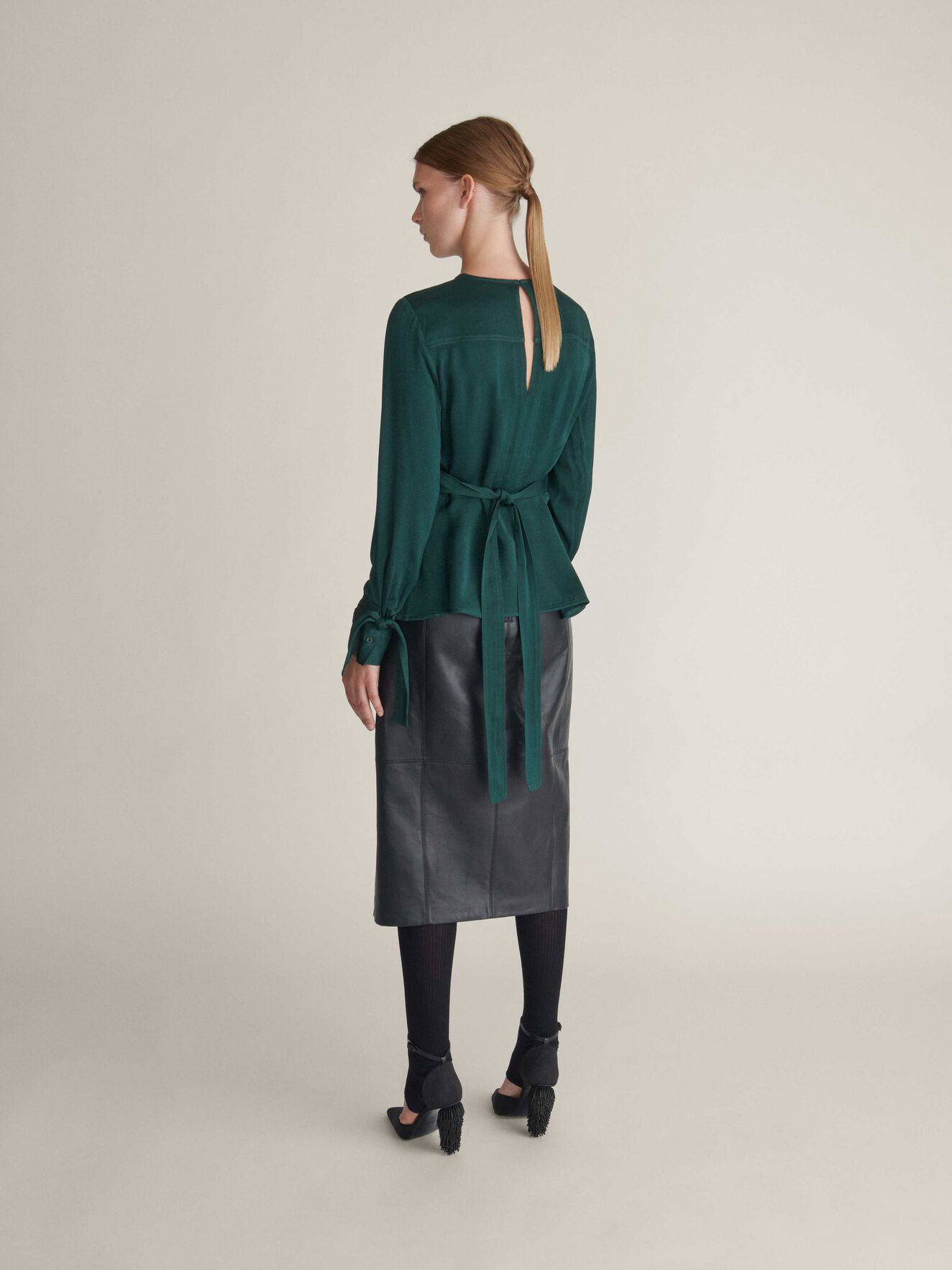 Simmone Top in Dark Forest from Tiger of Sweden