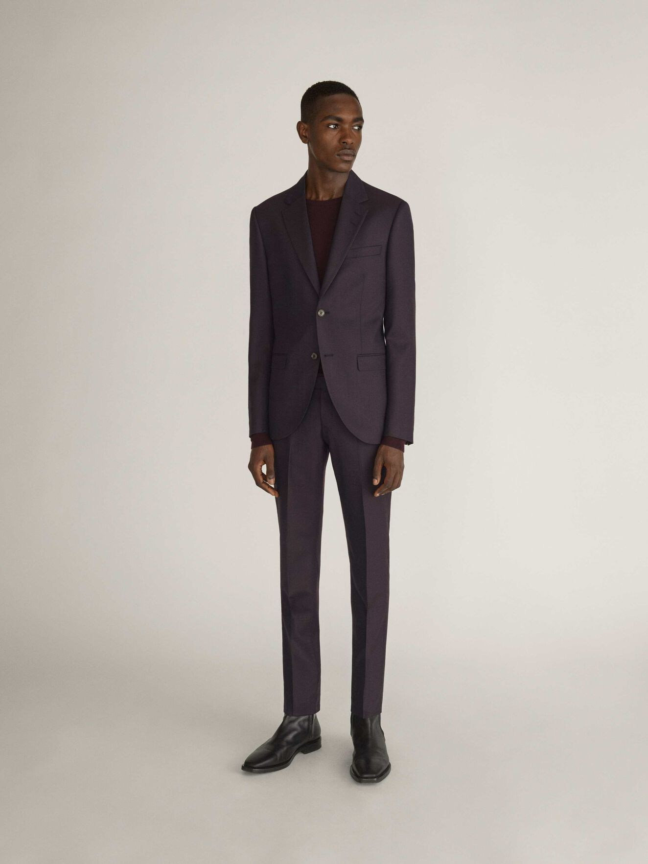 Tordon Hose in Noon Plum from Tiger of Sweden