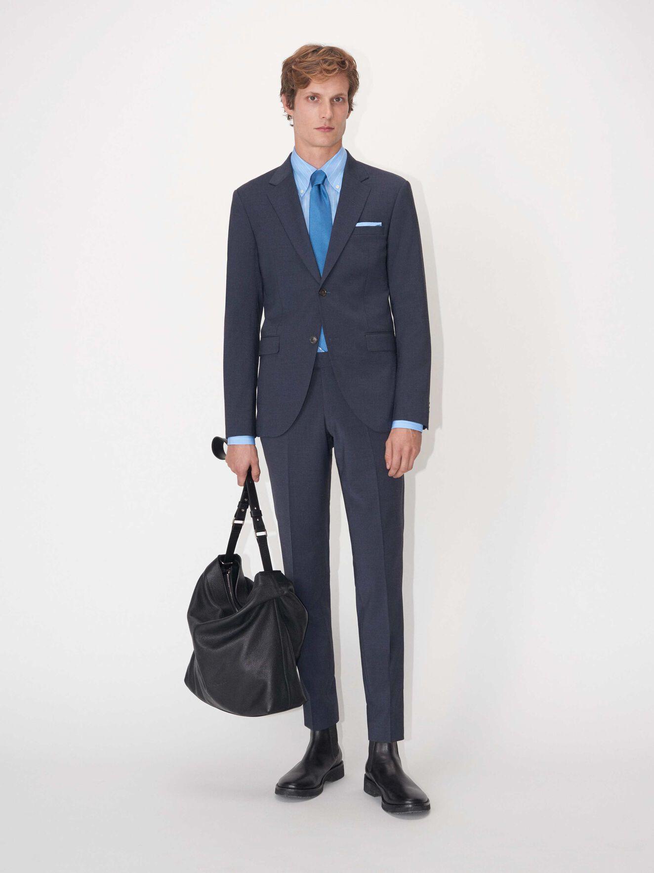 fa5f2cbd6ede Abbigliamento - Acquista abbigliamento firmato da uomo online su ...