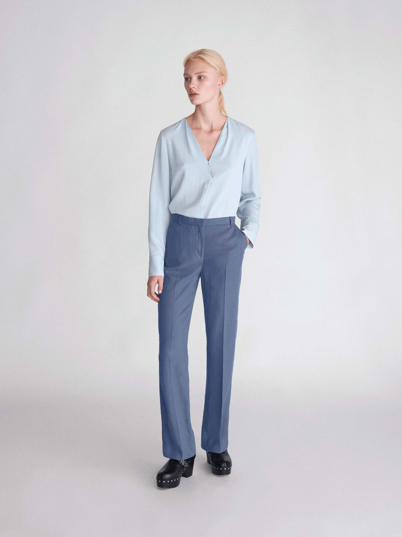 Mere 3 Top in Sombre Blue from Tiger of Sweden