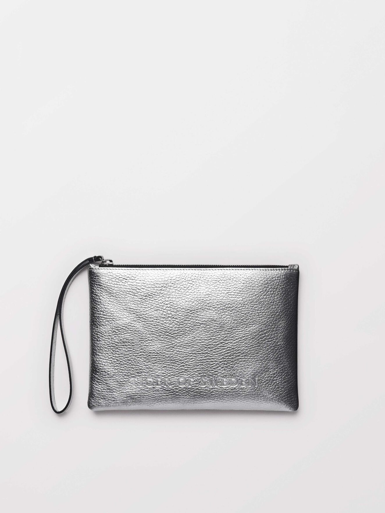 Ermella clutch in Silver from Tiger of Sweden