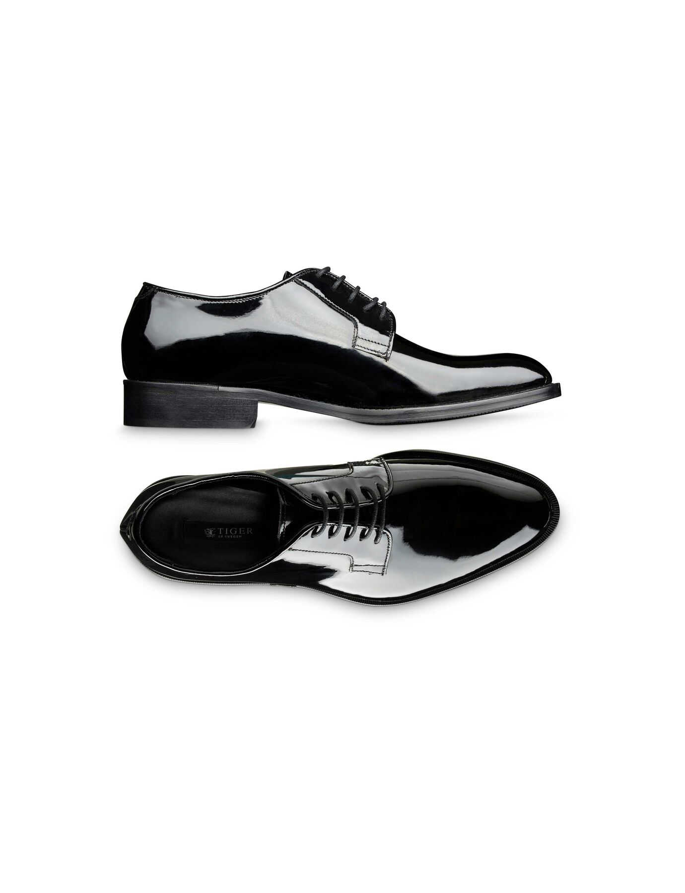 Agaton shoe in Black Shine from Tiger of Sweden