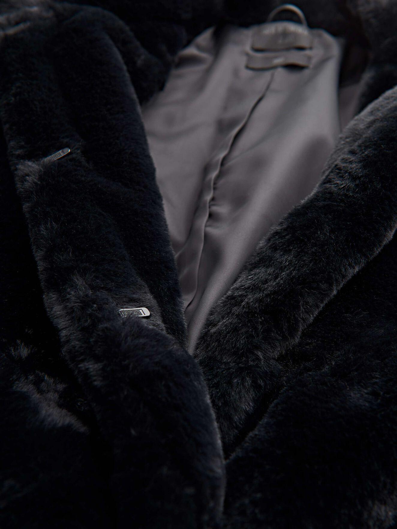 Lola Coat in Black from Tiger of Sweden