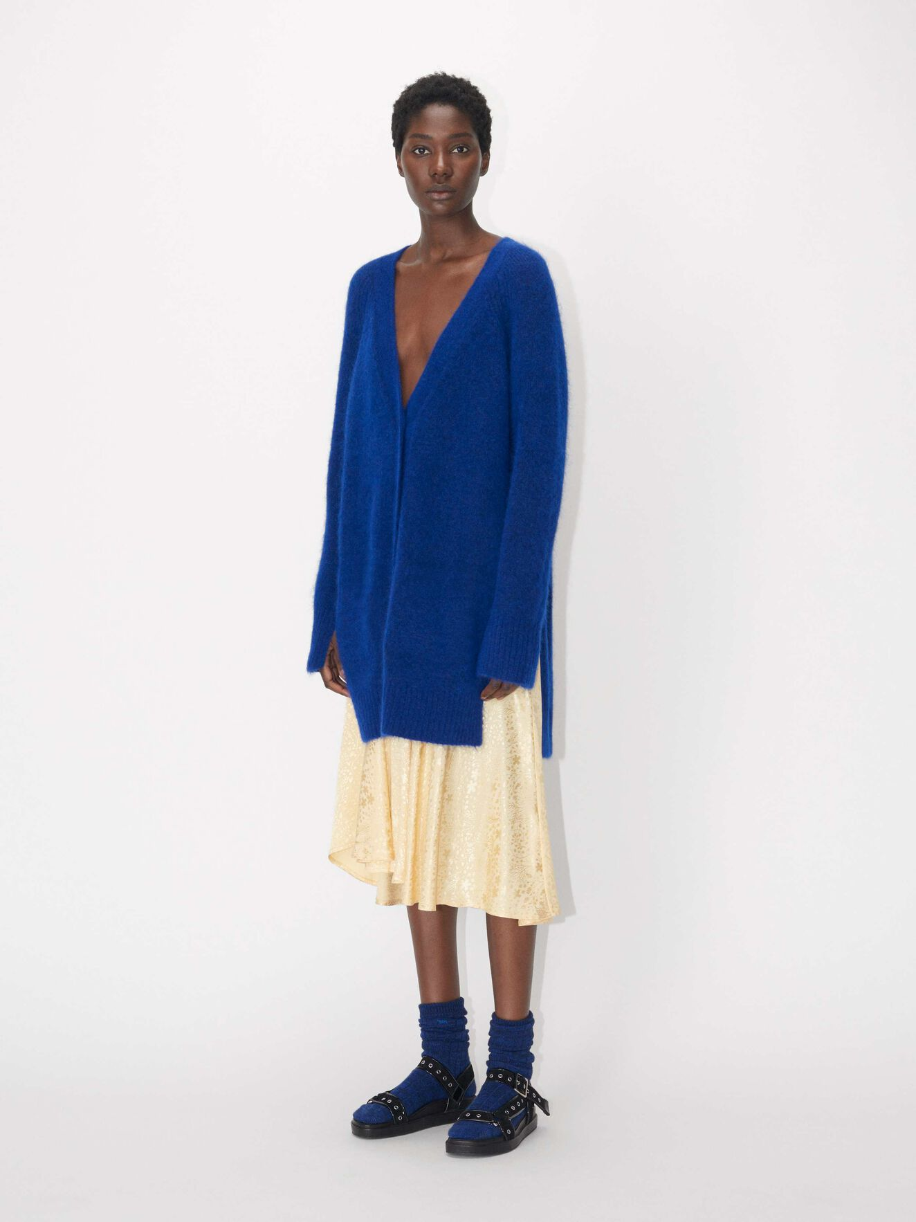 fd7e01f5239 Knitwear - Buy women's designer knitwear at Tiger of Sweden