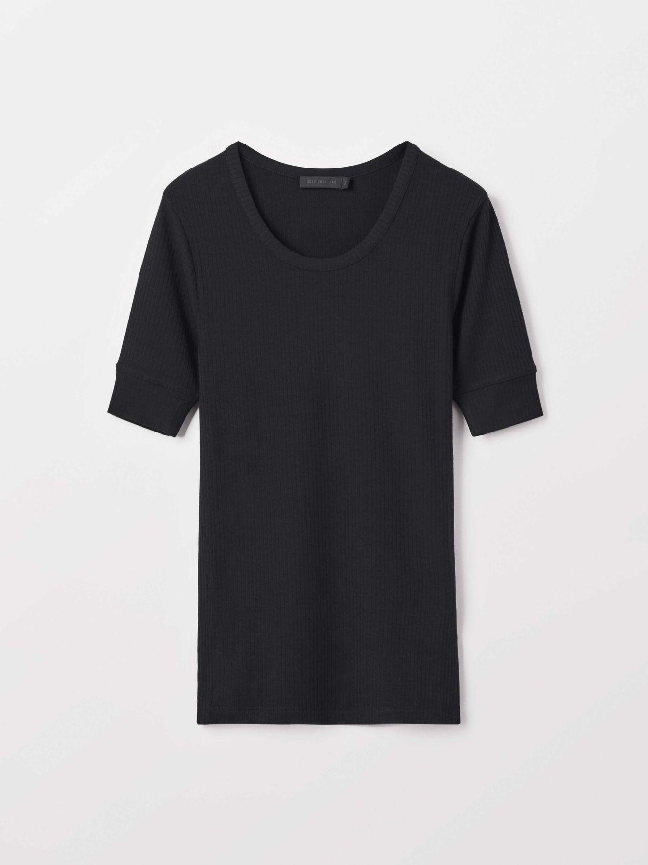 Violent T-Shirt in Black from Tiger of Sweden