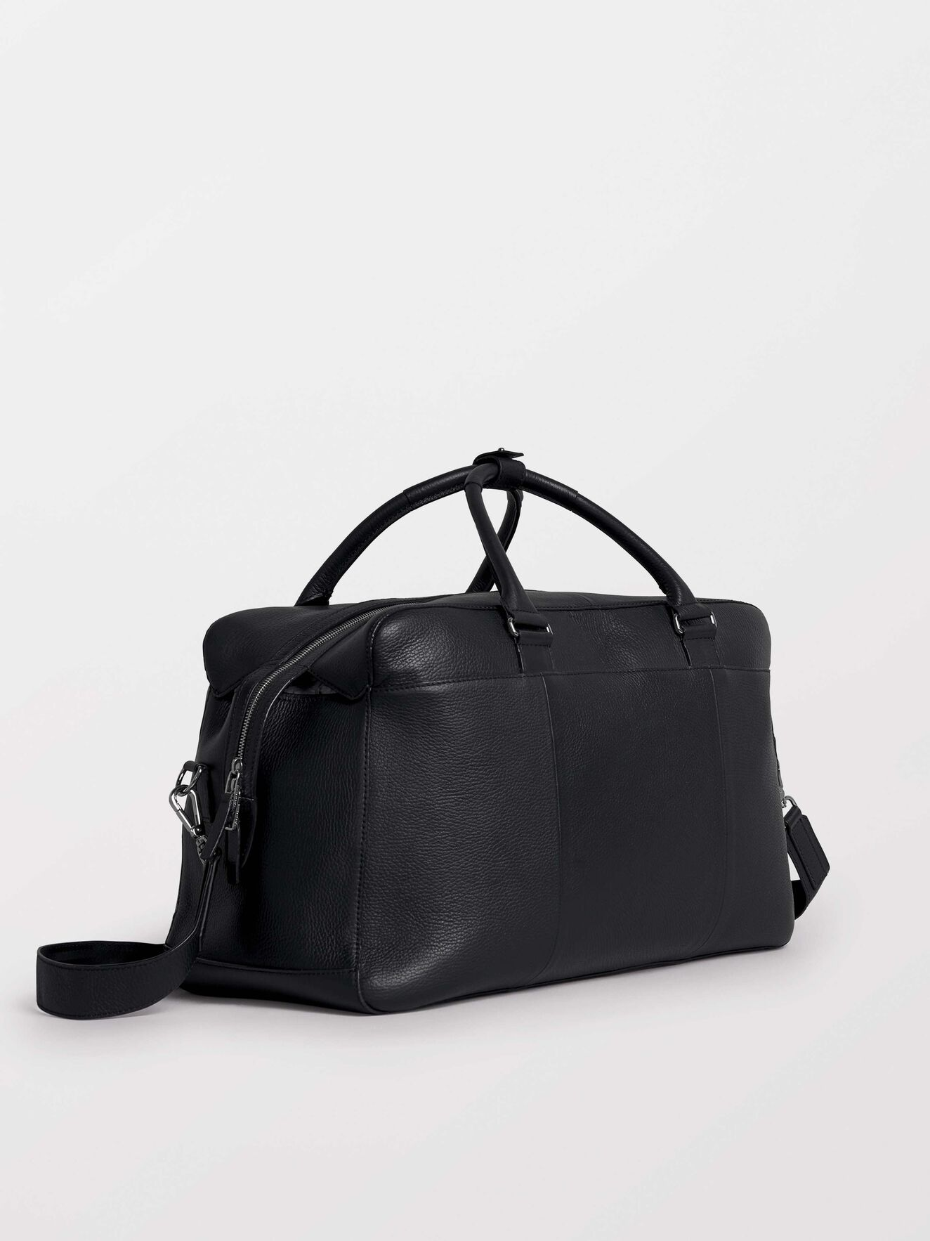 Micke 2 Weekend Bag in Black from Tiger of Sweden