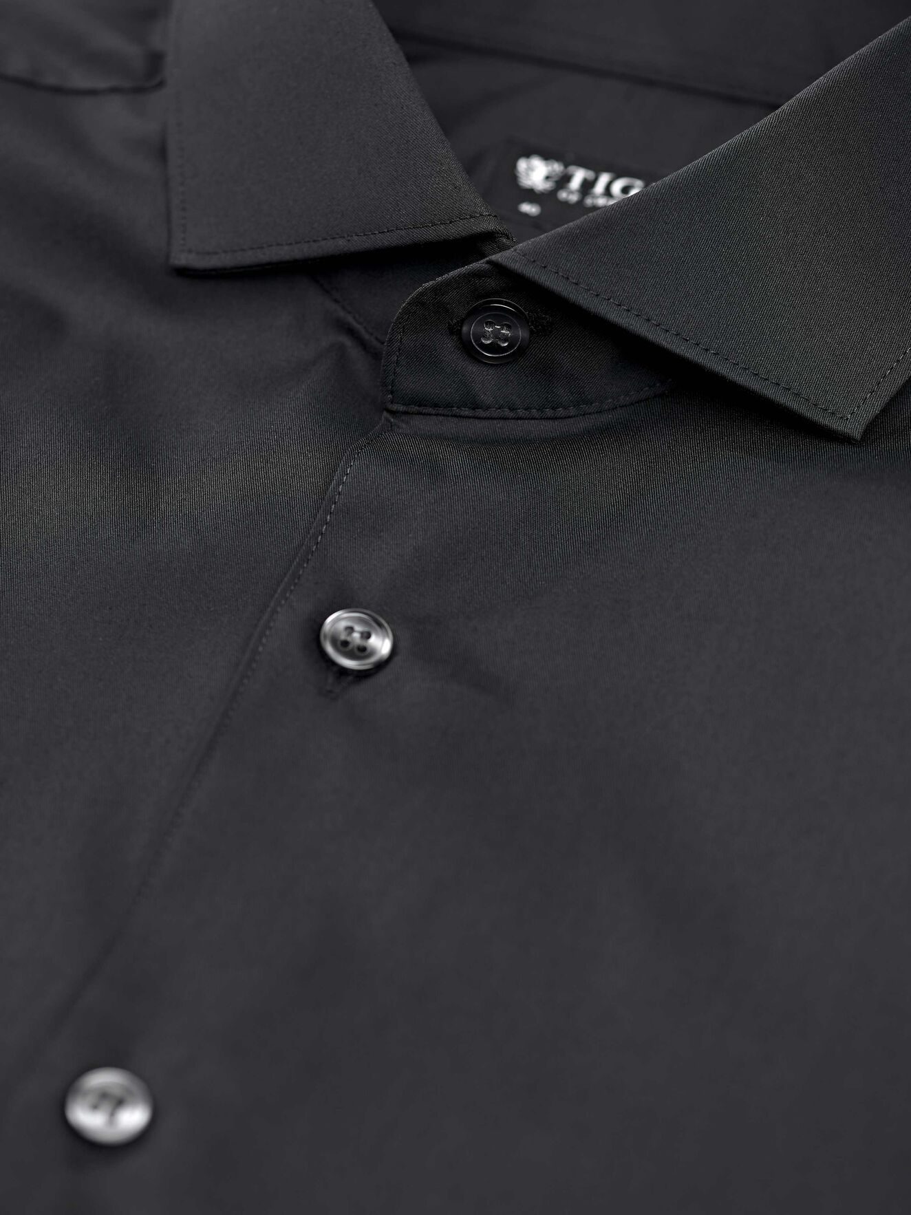 Farrell 5 Shirt in Black from Tiger of Sweden