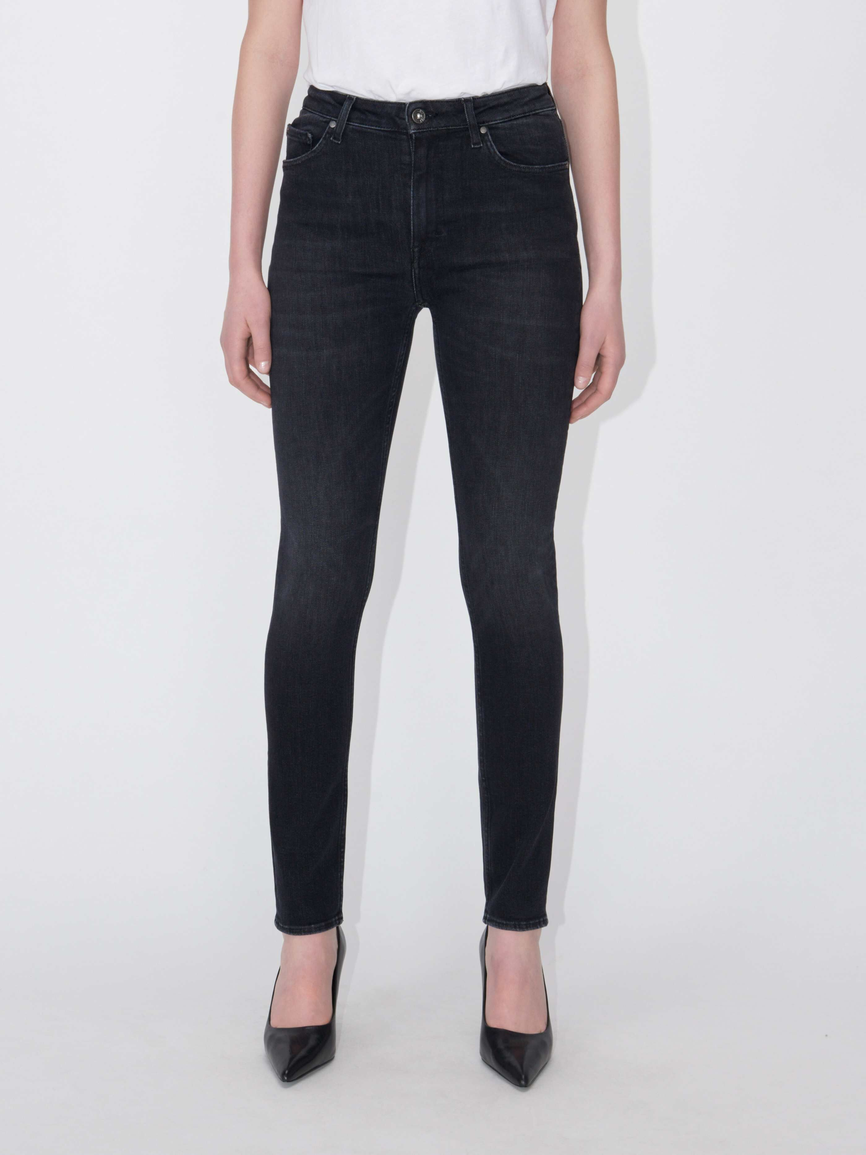 Shelly Jeans Buy online