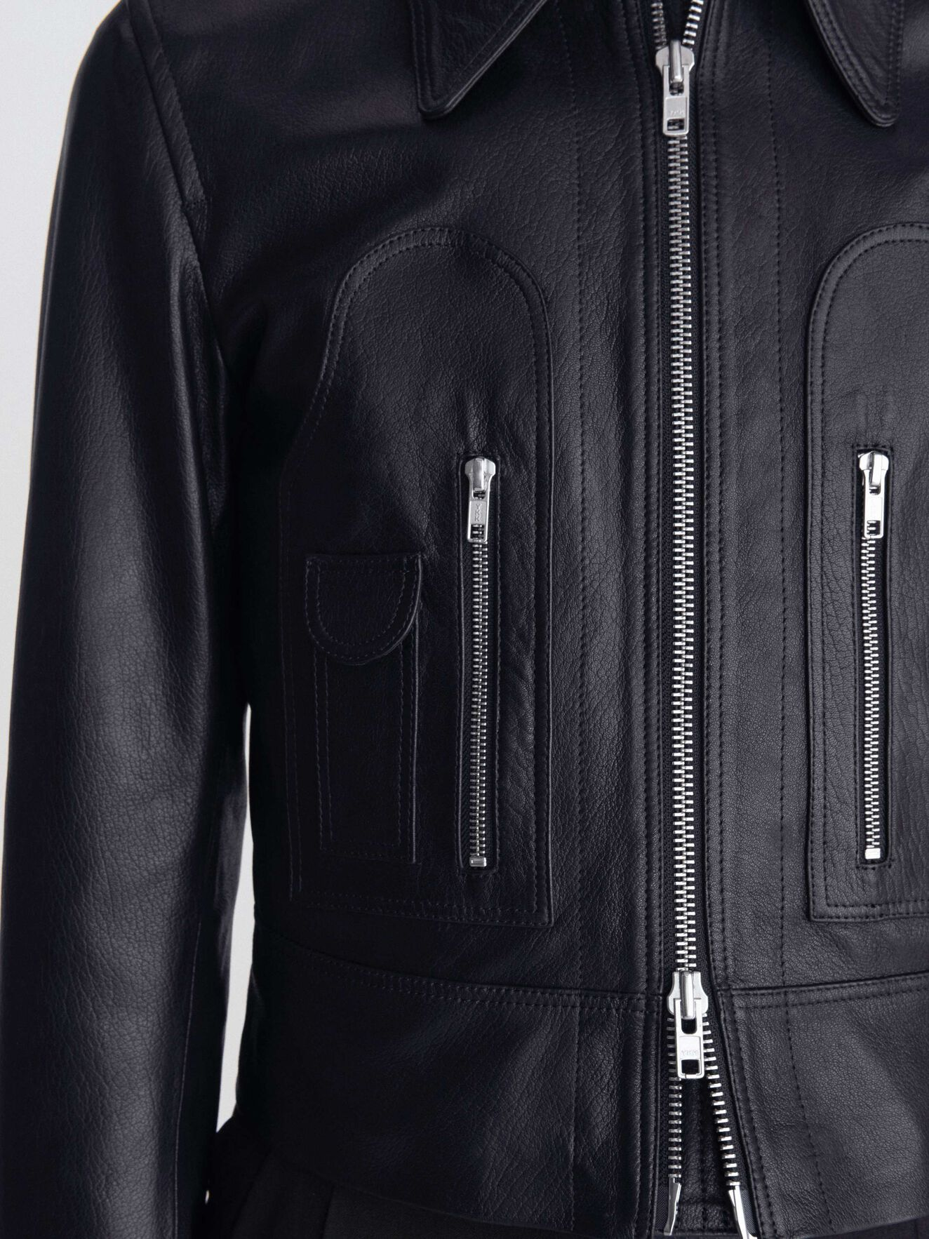 Lorant Jacket  in Black from Tiger of Sweden