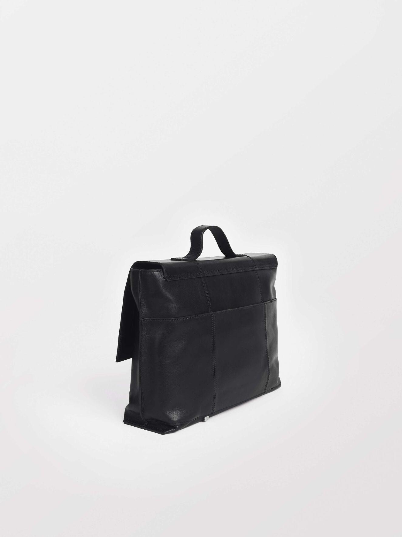 Vasatana 2 Bag in Black from Tiger of Sweden