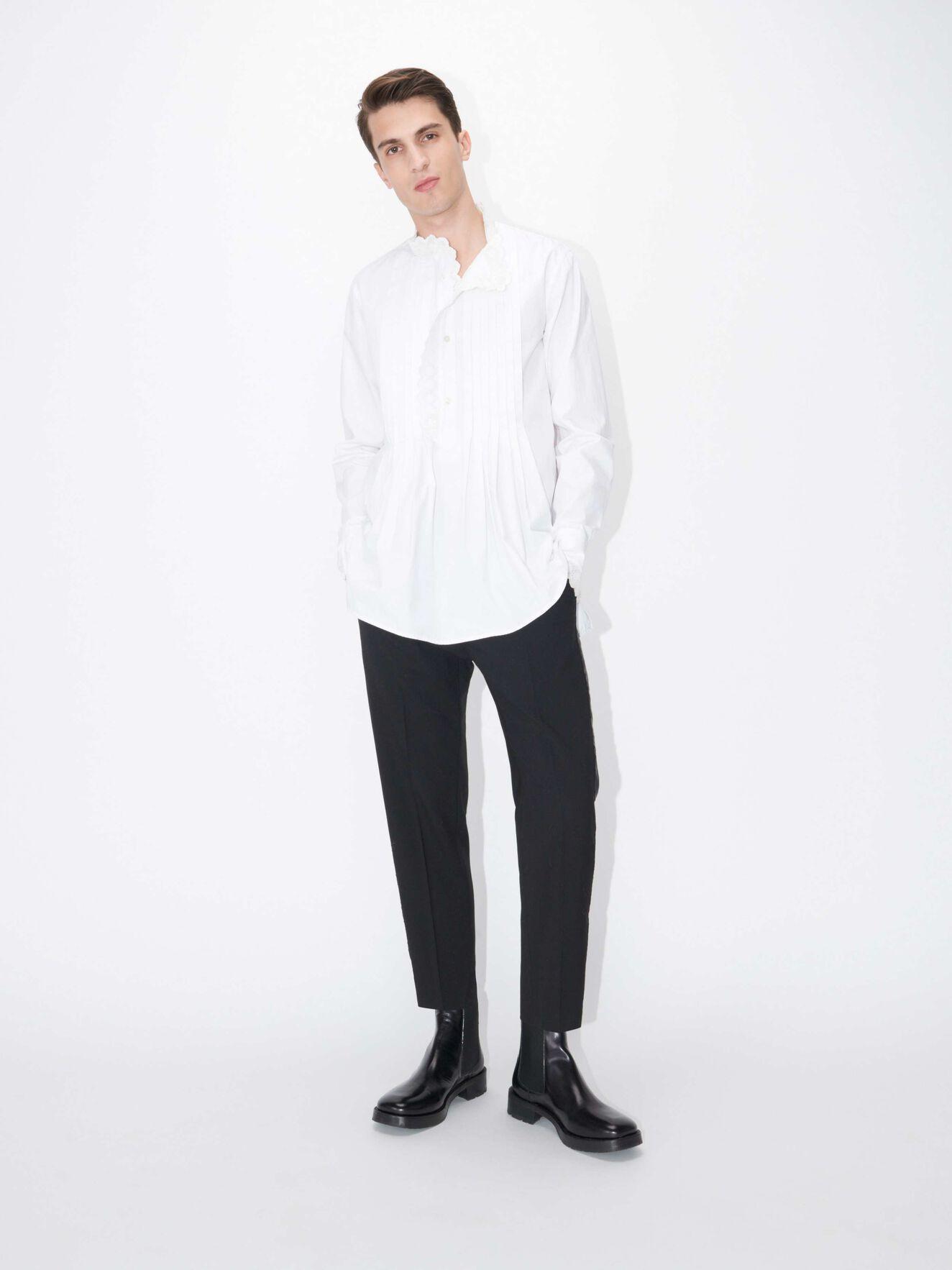 a9765a8175b Skjorter- Se lang- og kortærmede skjorter online hos Tiger of Sweden