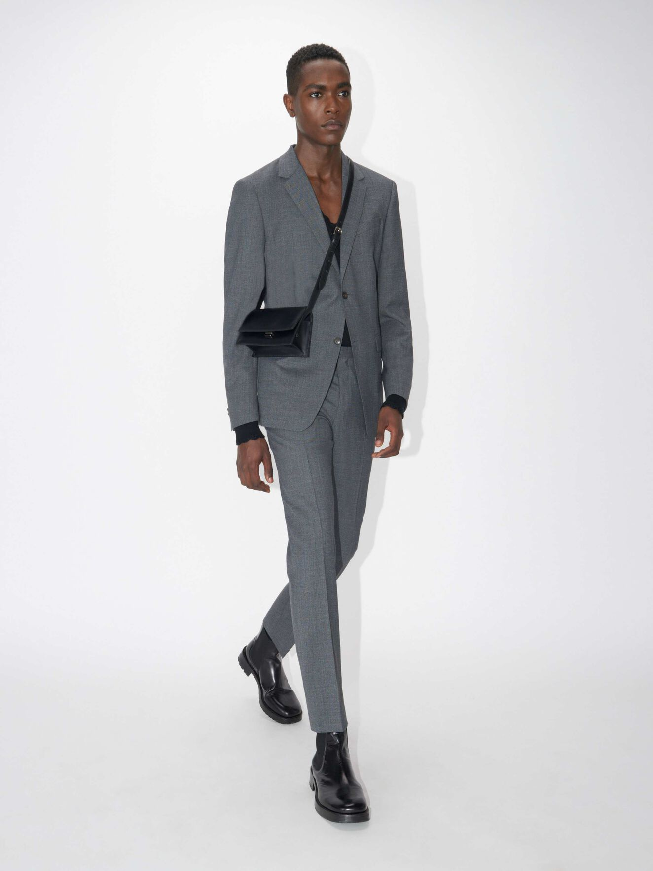 c514e89e38fbfa Slim-fit suit in brushed cotton twill. Pure white; Black. Jarl UL Suit in  from Tiger of Sweden