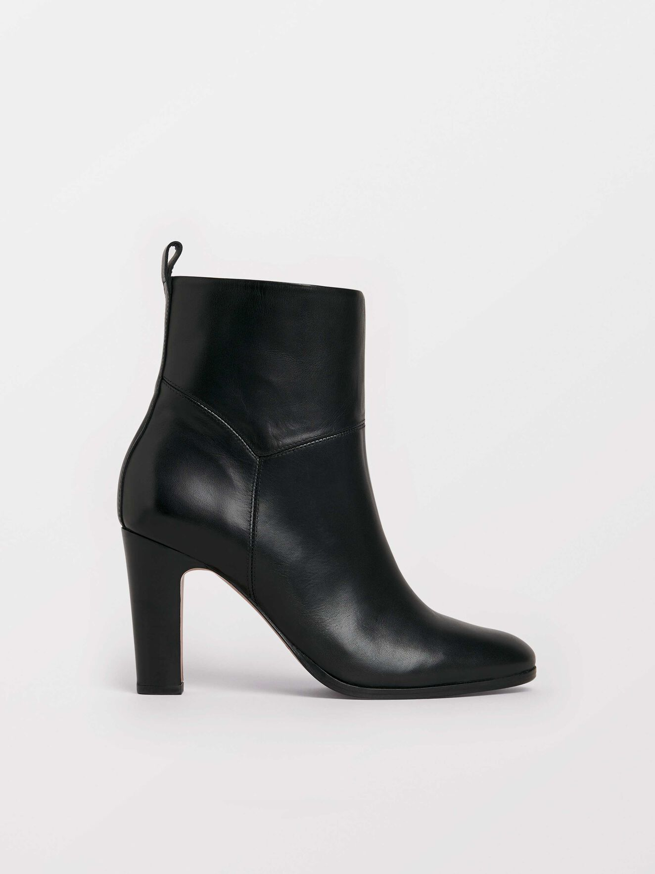 Dolicho Boots in Black from Tiger of Sweden