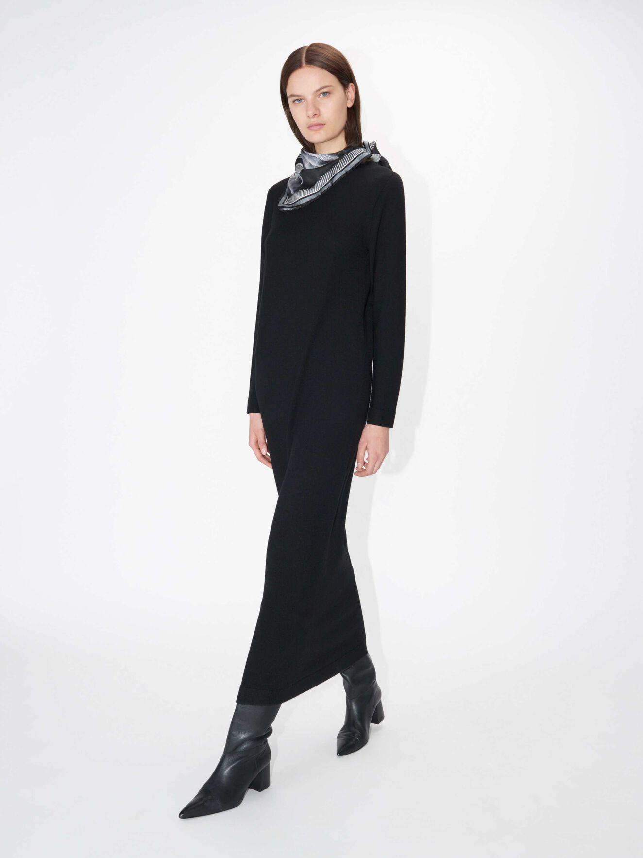 d7baf3f28 Kjoler - Shop kjoler til dag og fest online hos Tiger of Sweden