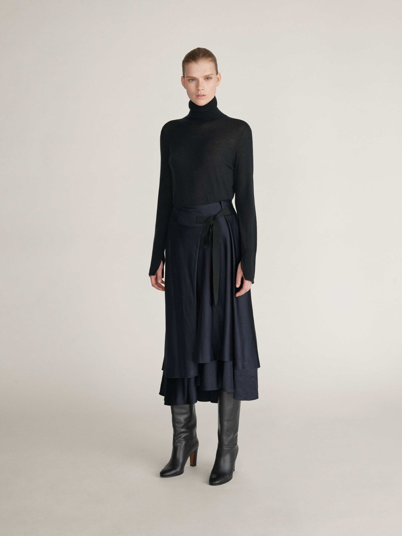 Cabby Skirt in Dark Sea from Tiger of Sweden