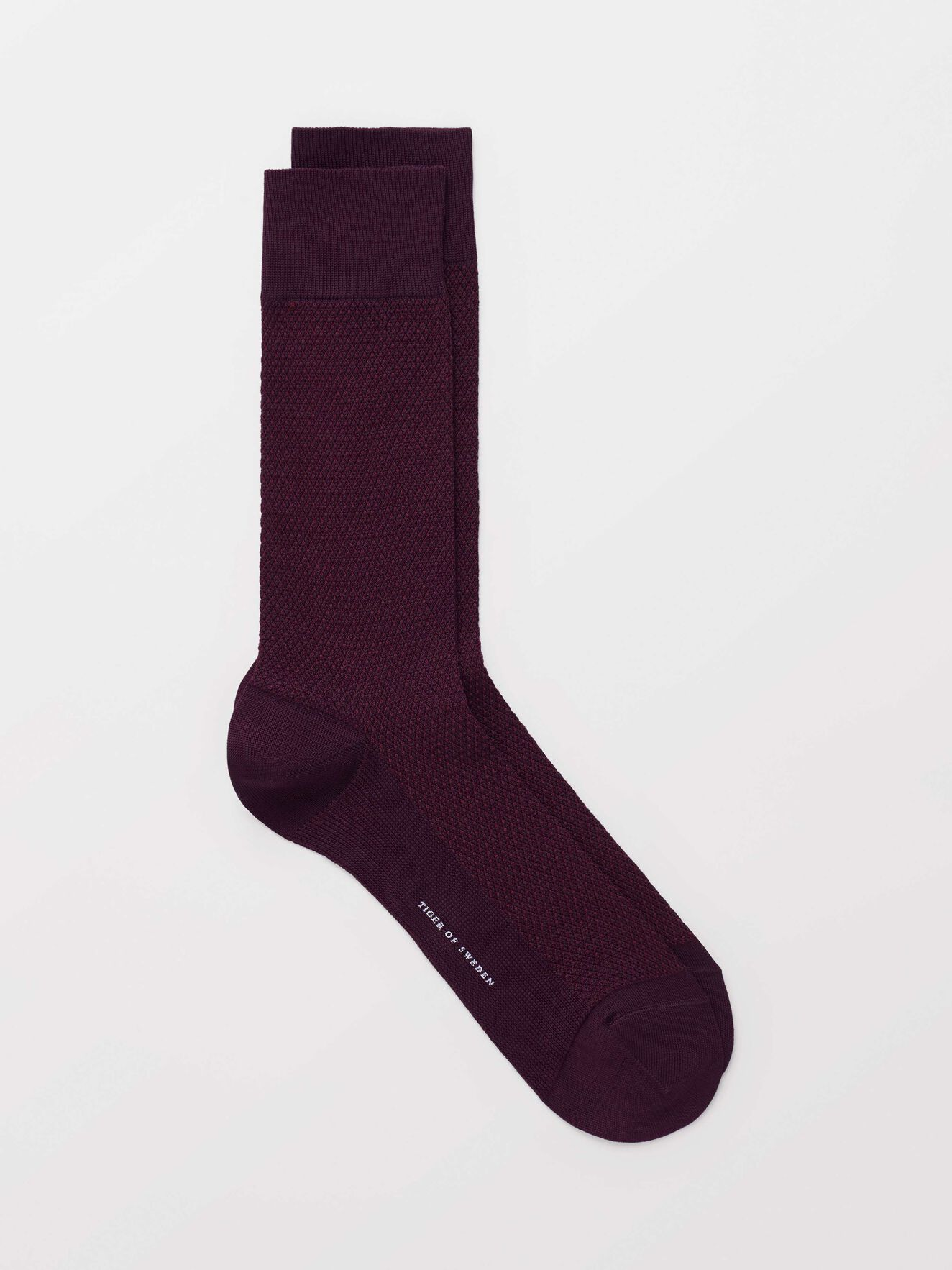 Caisto Socks in Noon Plum from Tiger of Sweden