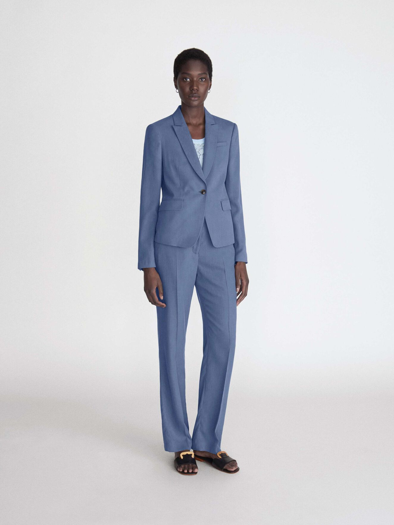 Yulia 6 Trousers  in Soft blue from Tiger of Sweden
