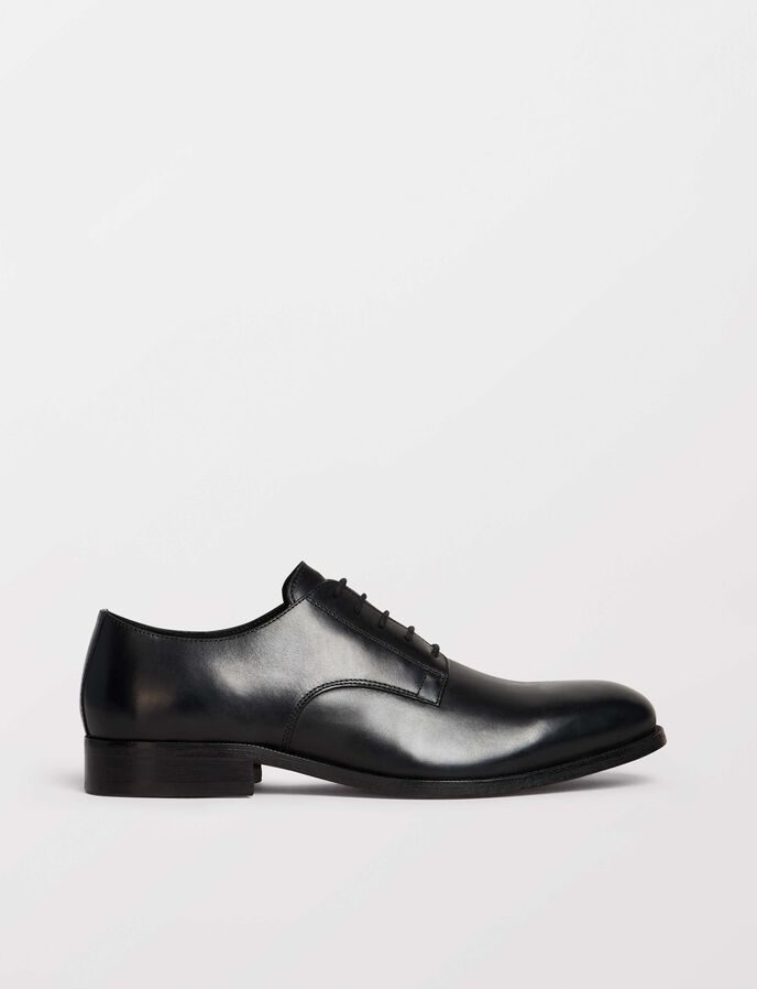 Gerhard shoe in Black from Tiger of Sweden