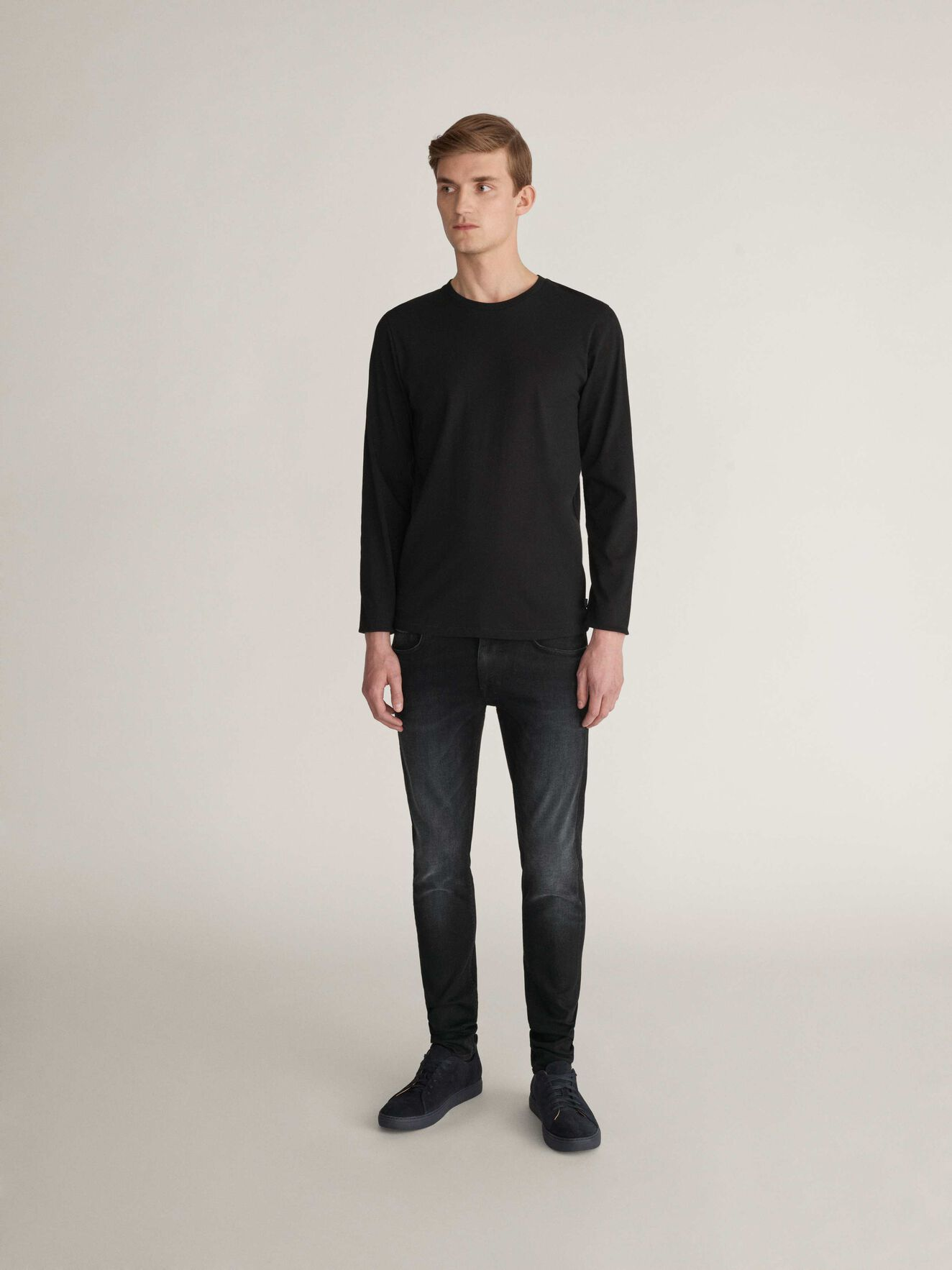 Neu T-Shirt in Black from Tiger of Sweden