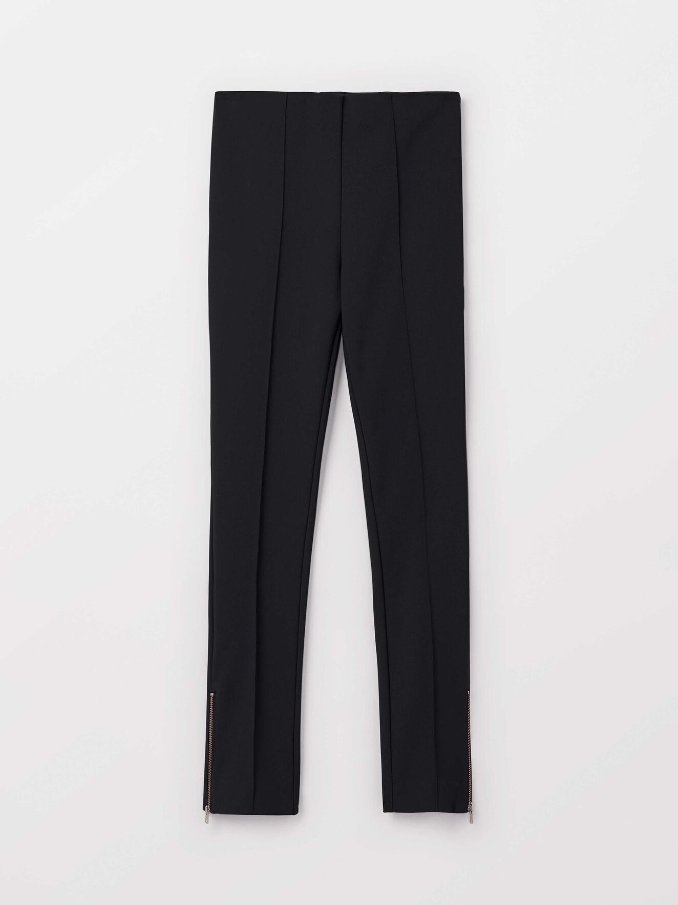 Loane 2 Trousers in Black from Tiger of Sweden