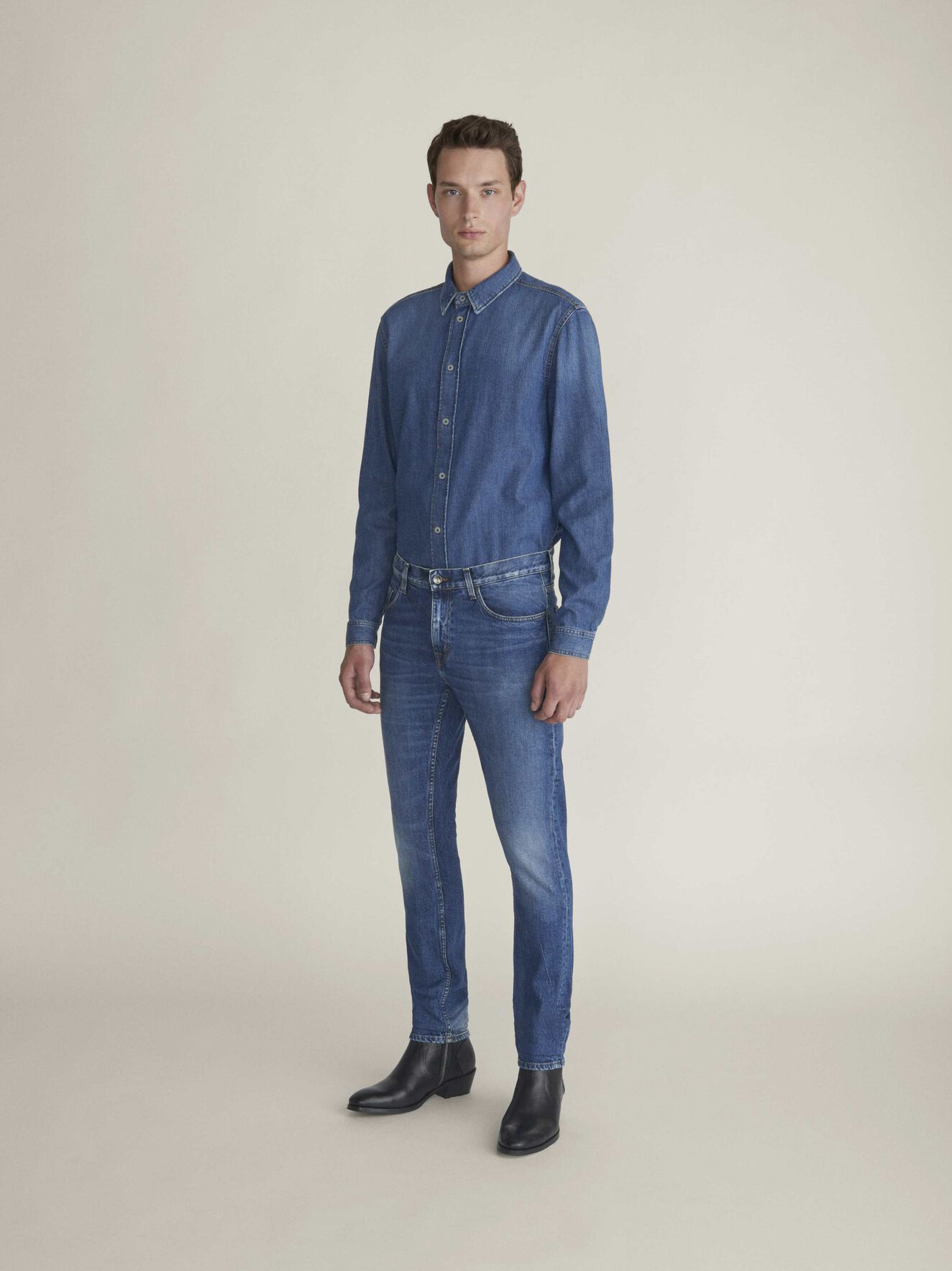 Pure Np Shirt in Dust blue from Tiger of Sweden