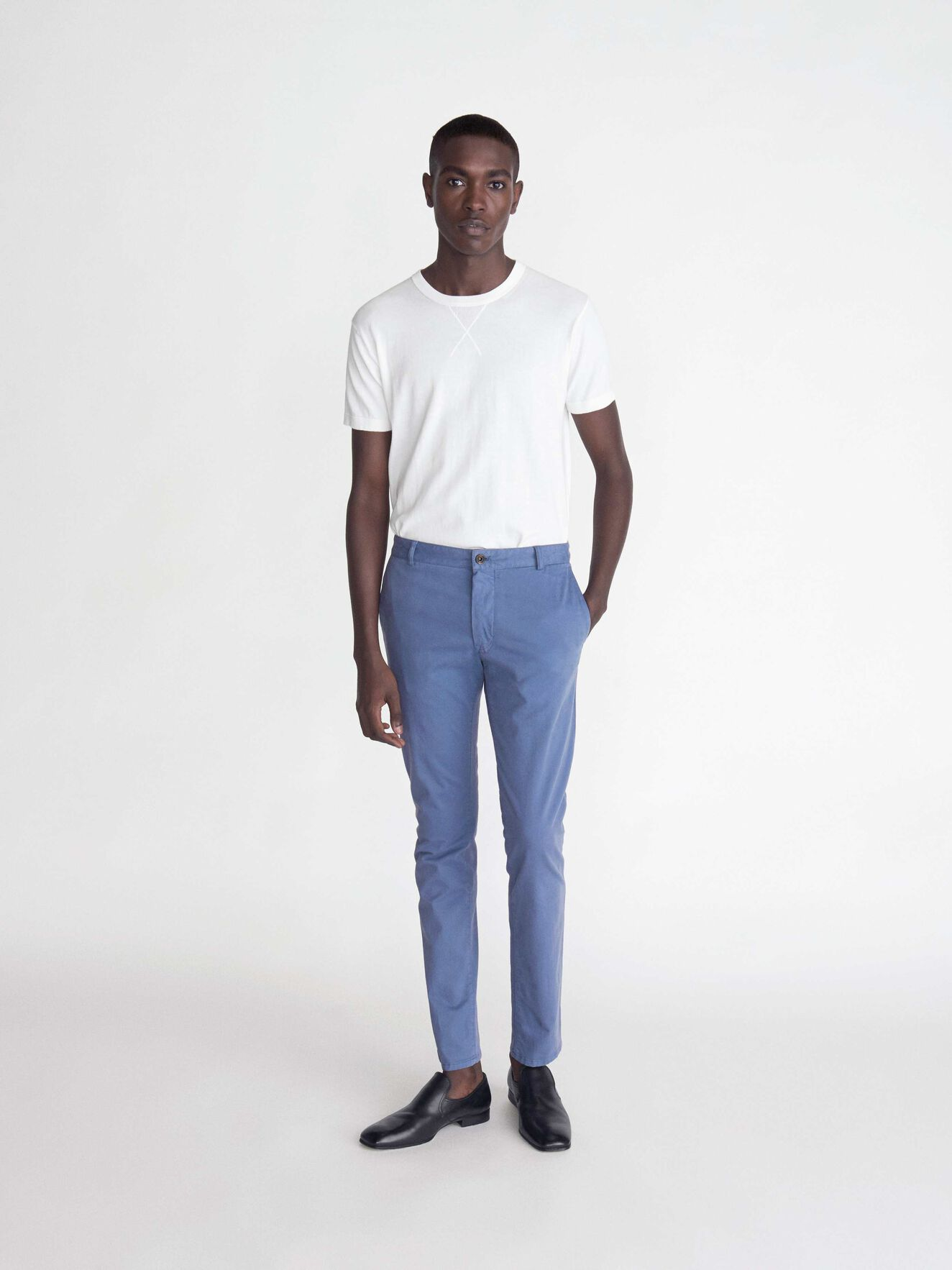 Transit 4 Trousers in Soft blue from Tiger of Sweden