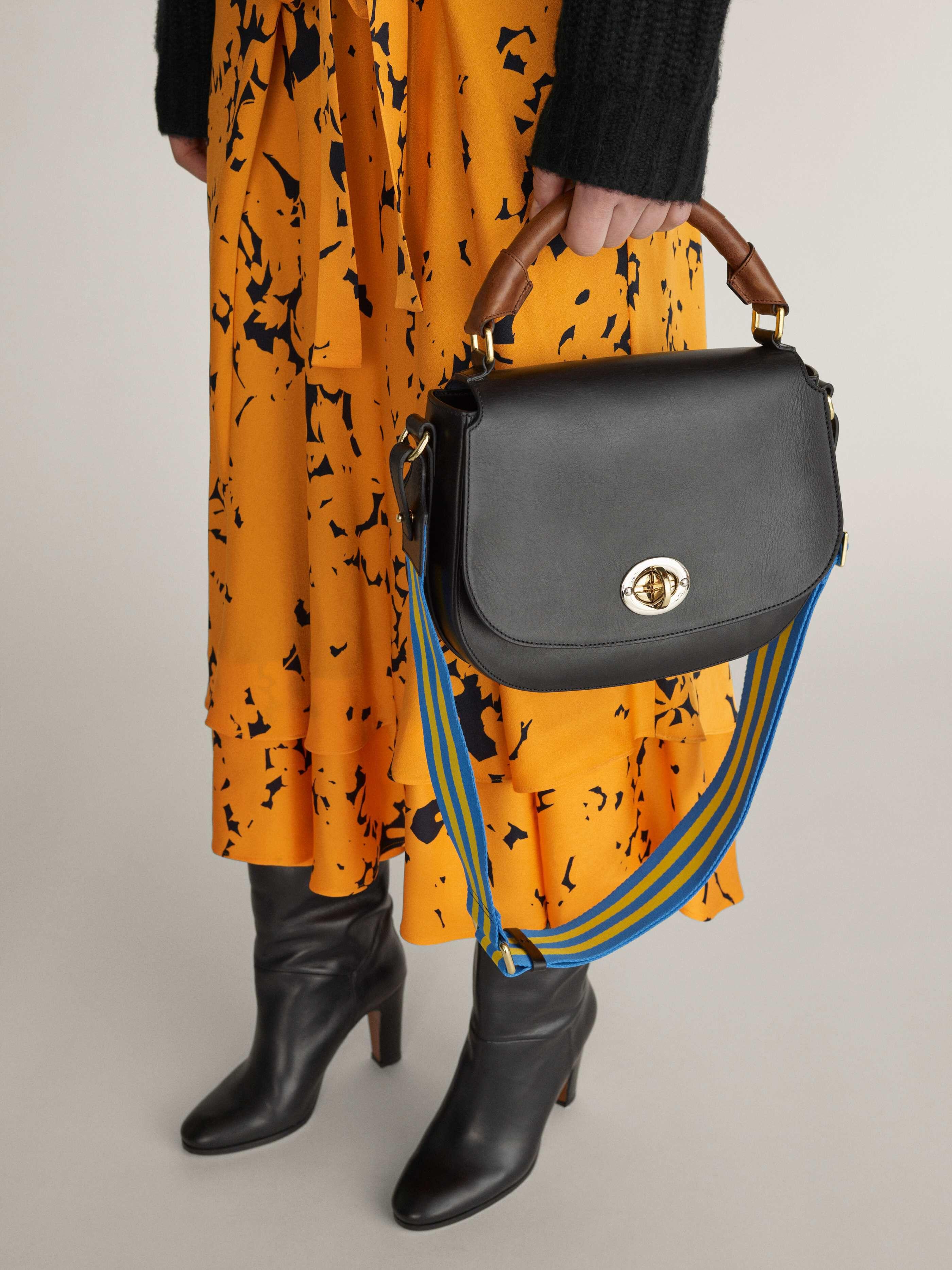 orange väska tiger of sweden