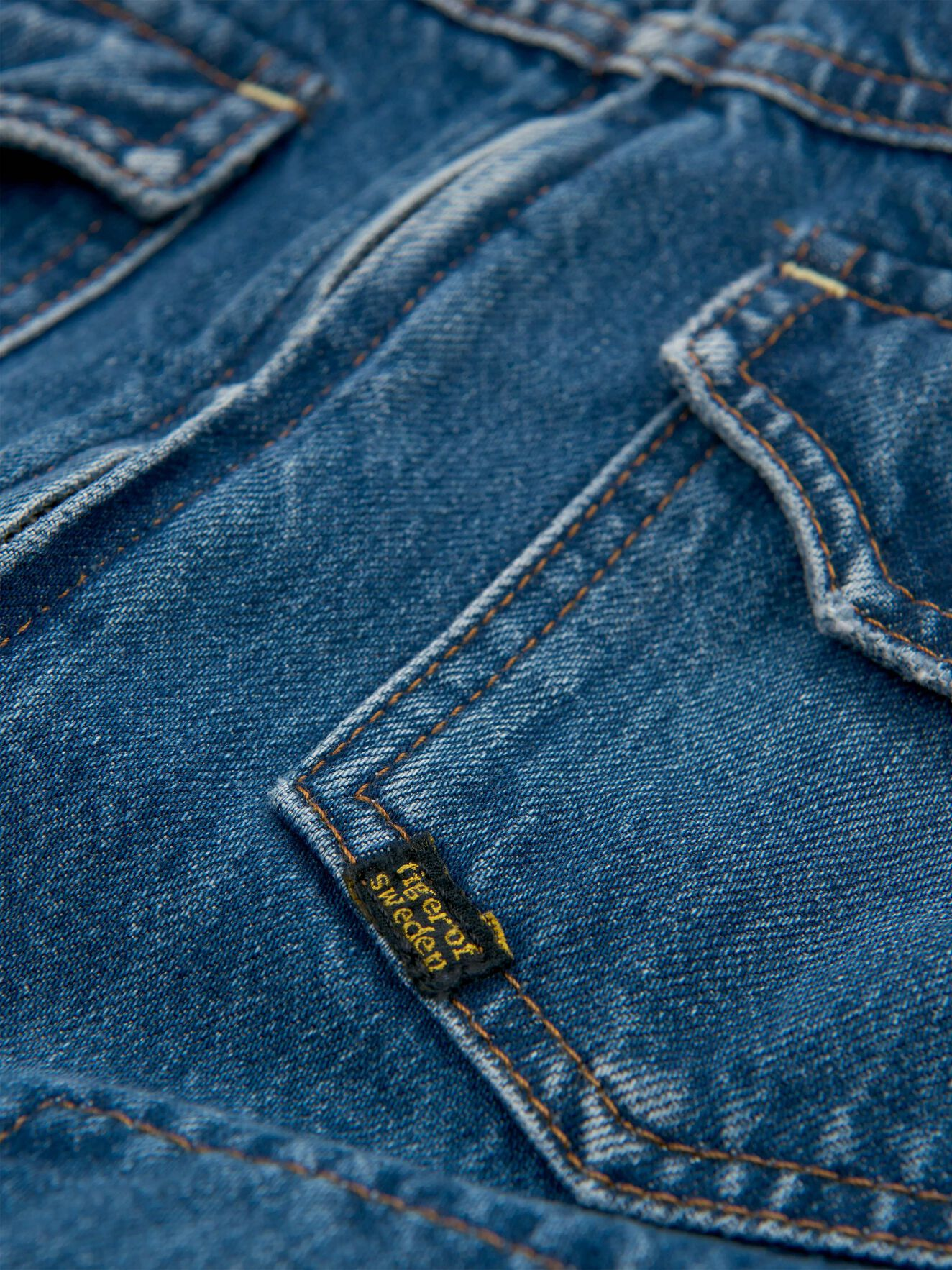 Peel Jacket in Dust blue from Tiger of Sweden
