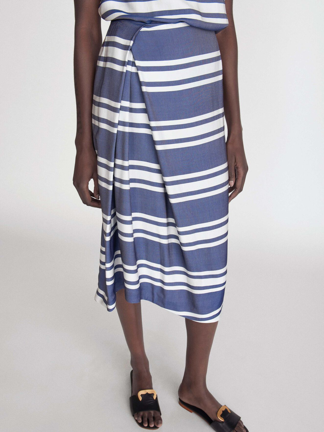 Fly S Skirt in Deep Ocean Blue from Tiger of Sweden