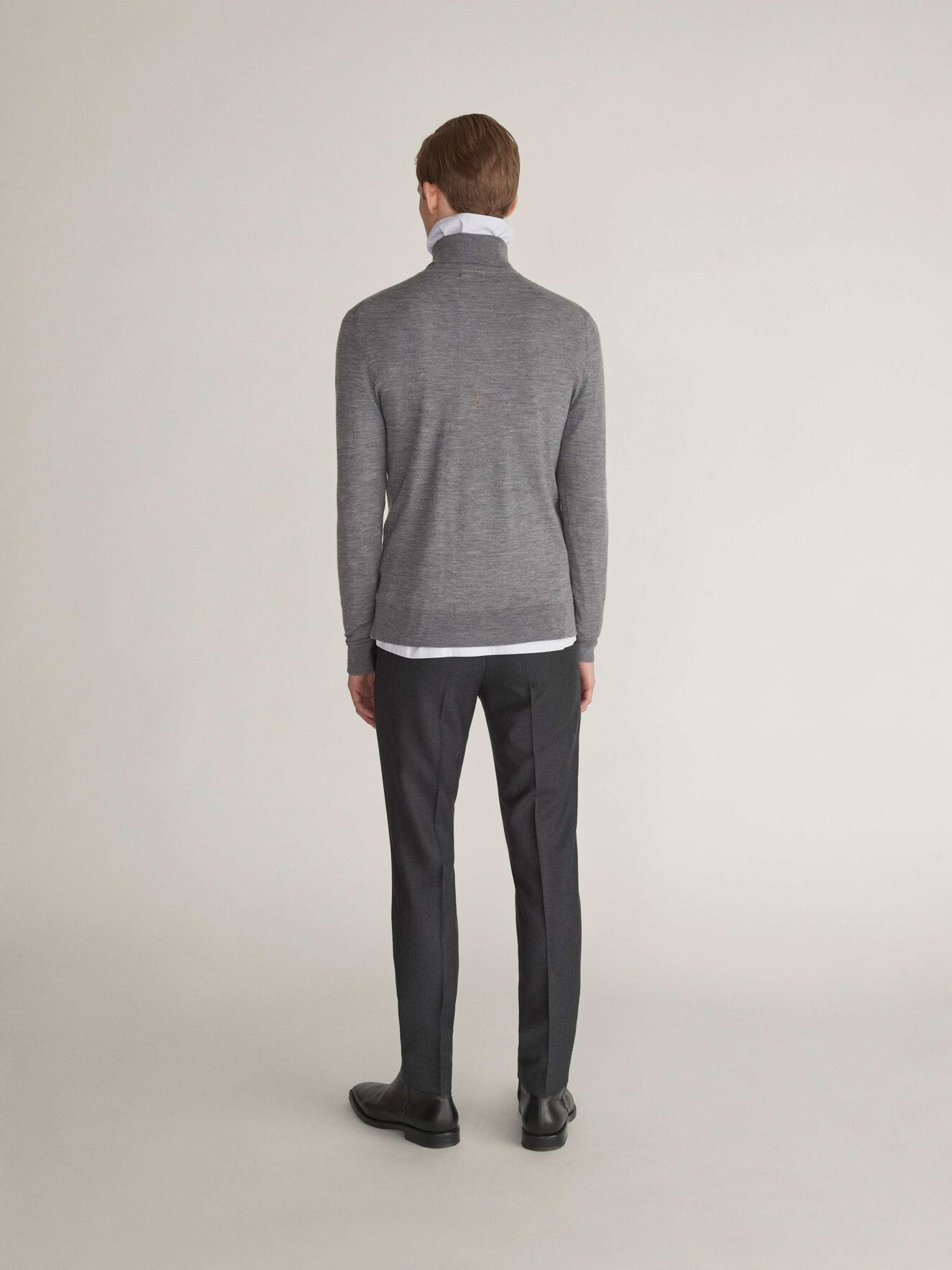 Nevile Pullover in Light grey melange from Tiger of Sweden