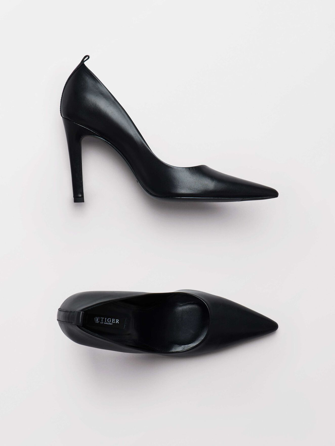 Capensis Pumps in Black from Tiger of Sweden