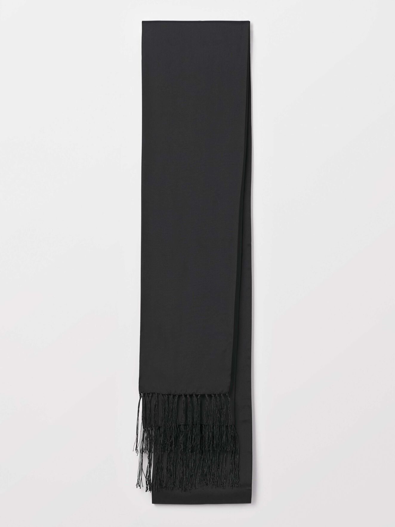 Standart S Scarf in Black from Tiger of Sweden