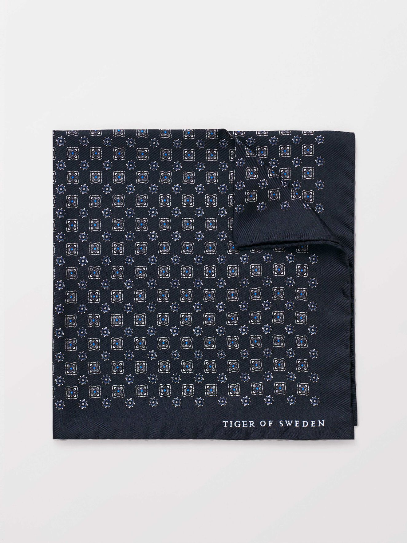 Porate Handkerchief in Light Ink from Tiger of Sweden