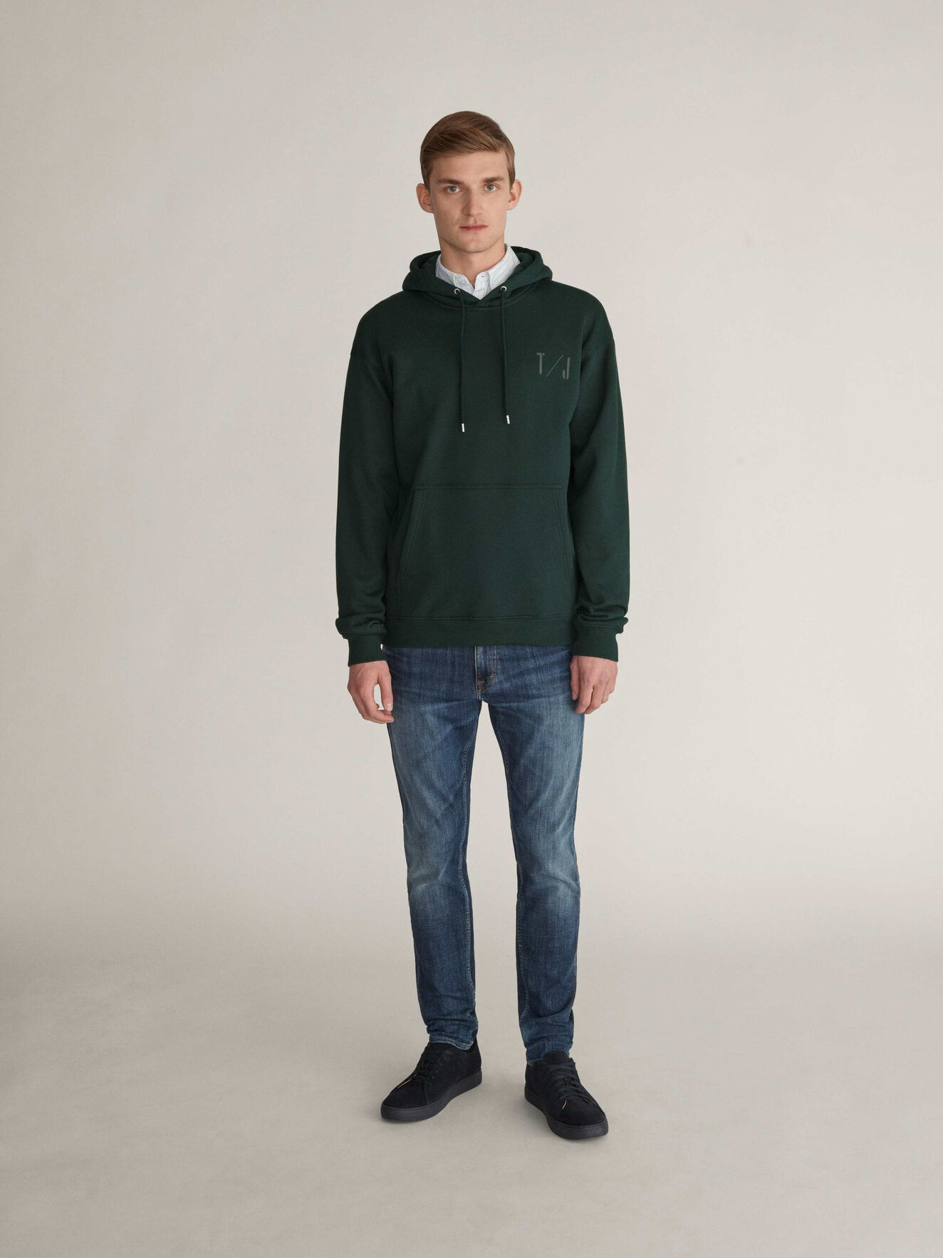 Plies Hoodie in Scarab Green from Tiger of Sweden
