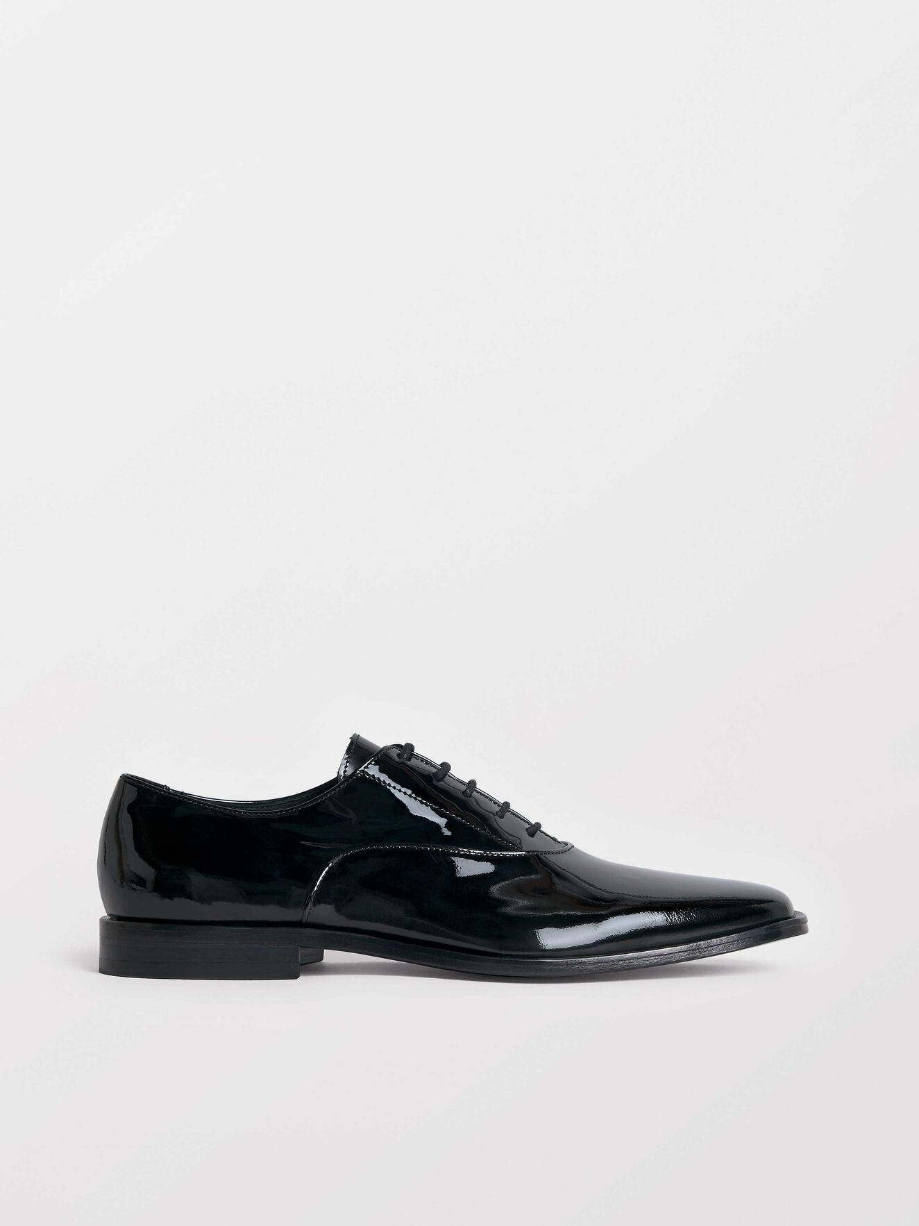 Saut Schuh in Black from Tiger of Sweden