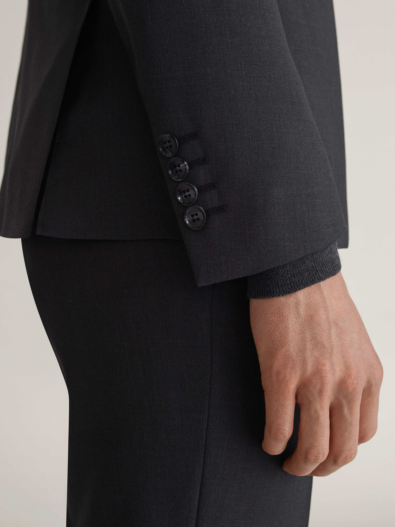 Malthe Trousers in Dark grey from Tiger of Sweden
