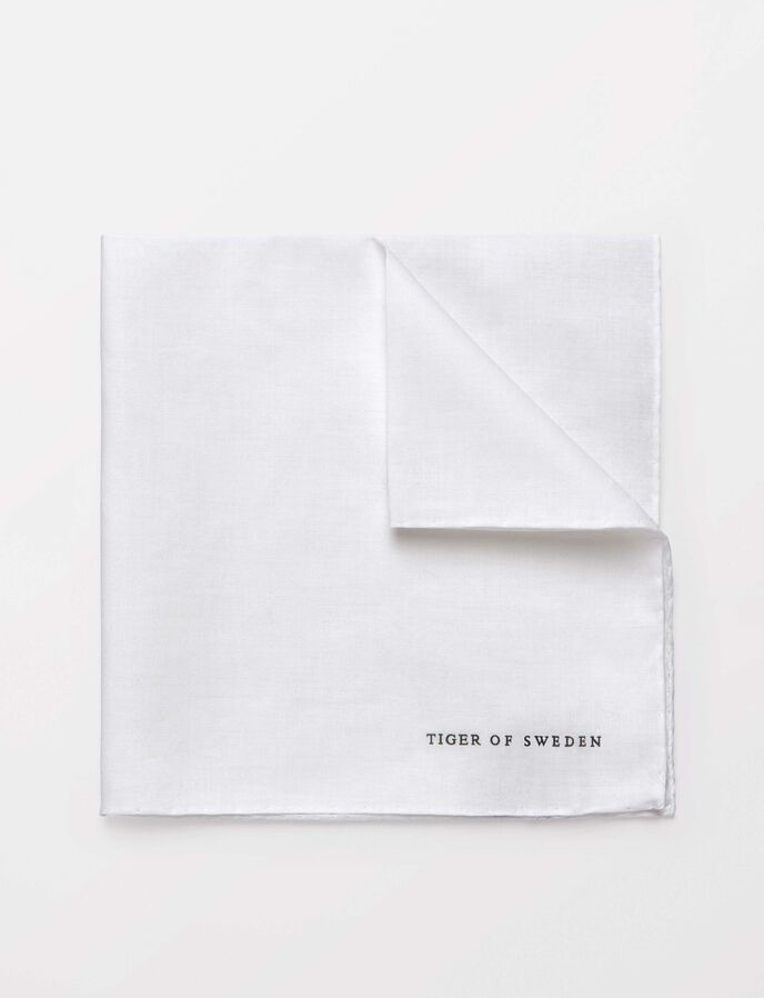 Famiano handkerchief in Pure white from Tiger of Sweden