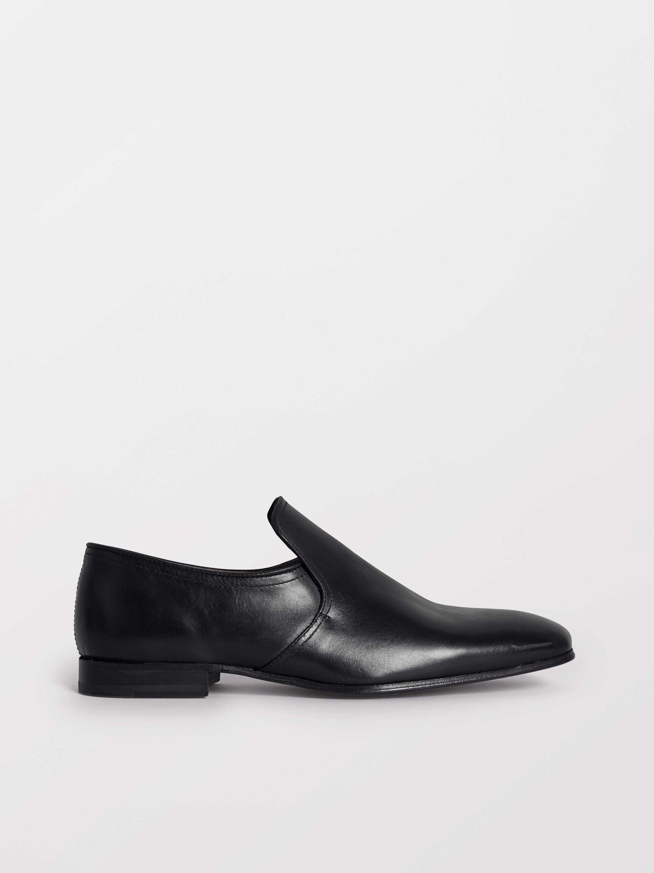 Solen Shoes in Black from Tiger of Sweden