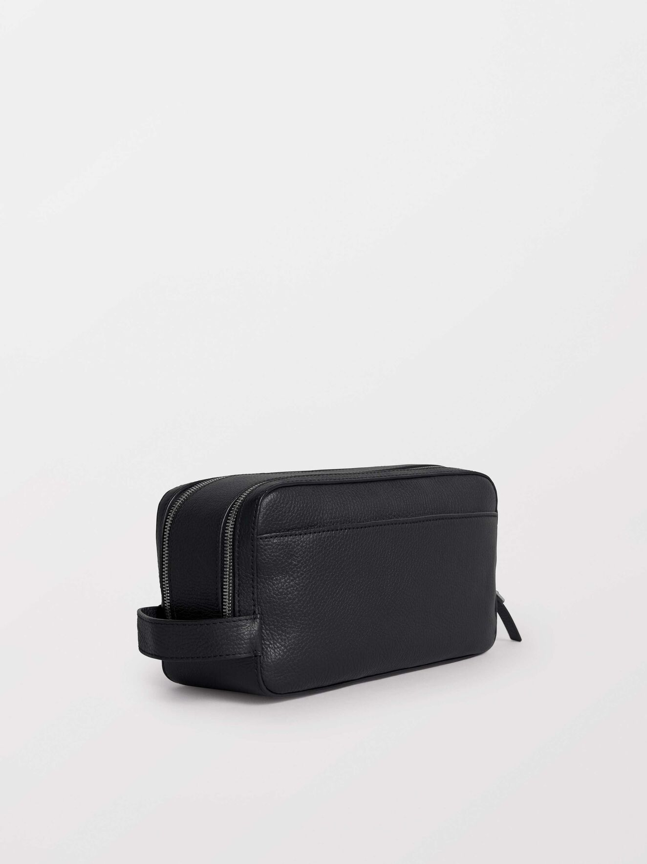 Waire Toiletry Bag in Black from Tiger of Sweden
