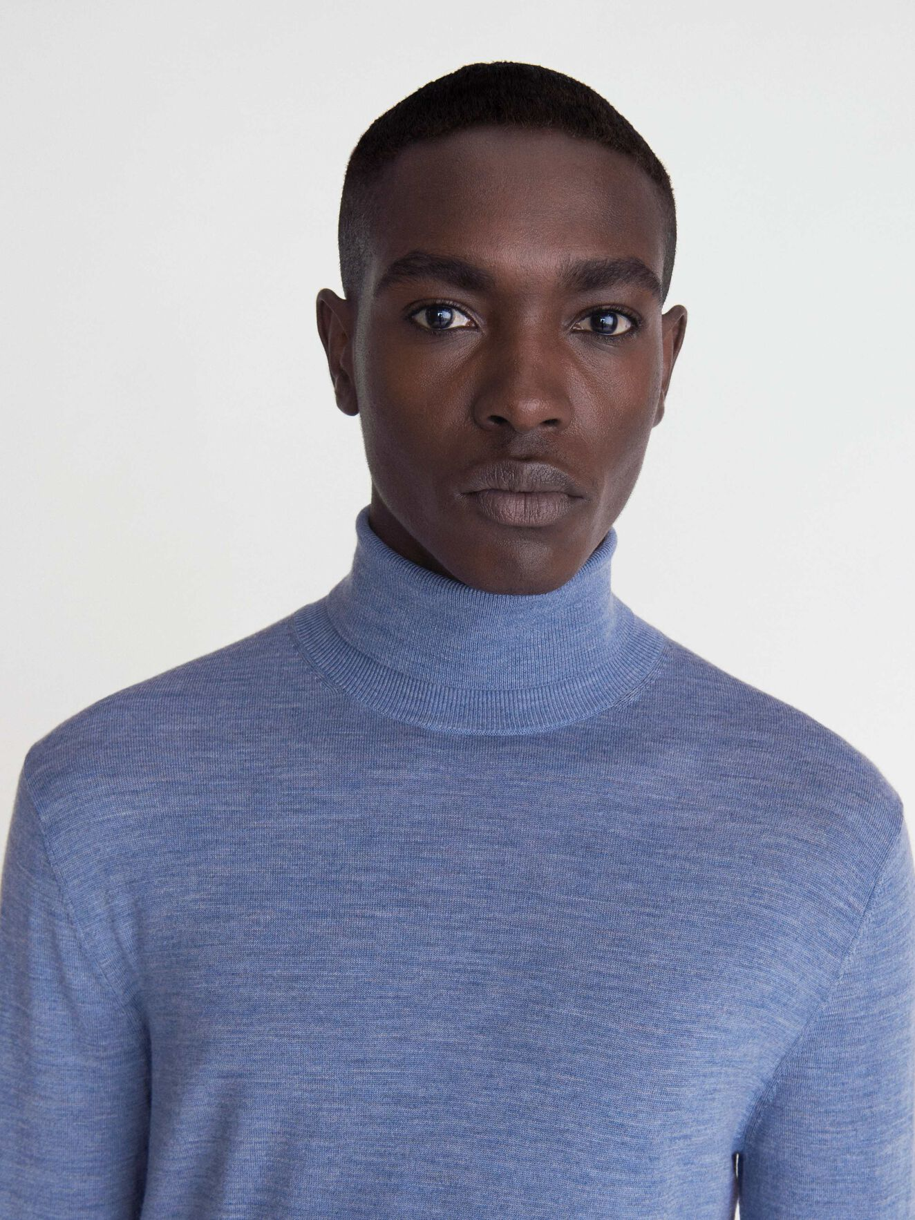 Nevile Pullover in Soft blue from Tiger of Sweden