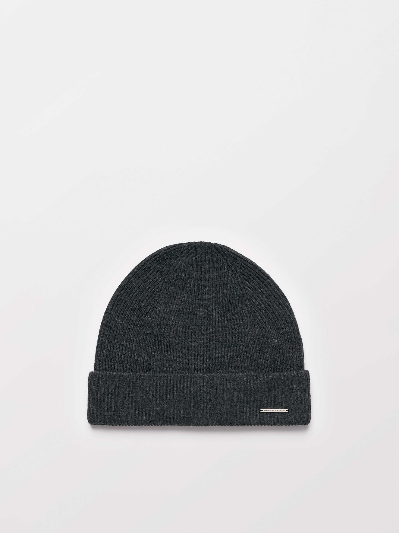 Halfo C Beanie in Dark grey Mel from Tiger of Sweden