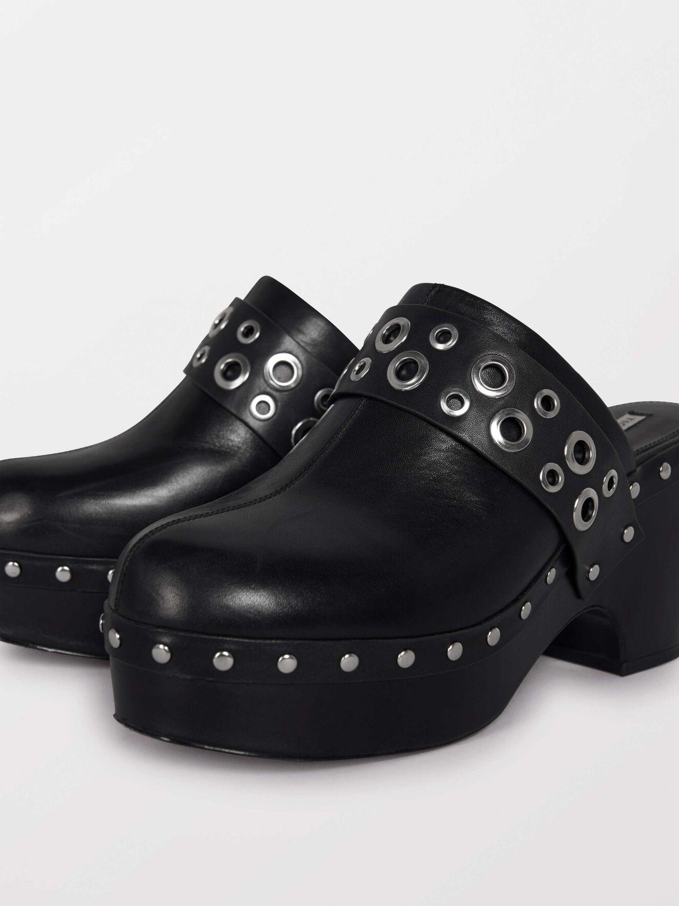 Snoccoli Shoes in Black from Tiger of Sweden