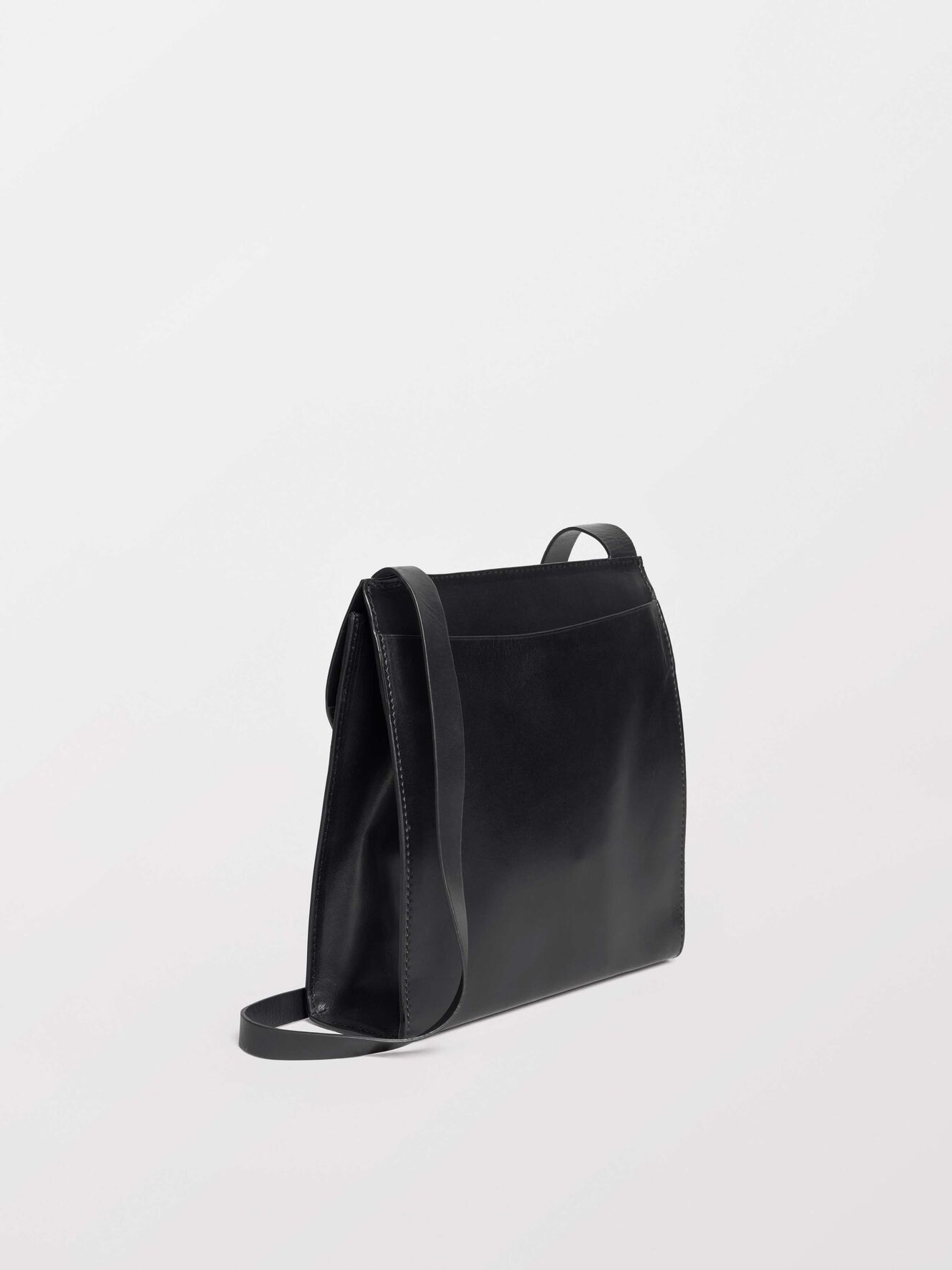 Barron Crossbody Bag in Black from Tiger of Sweden