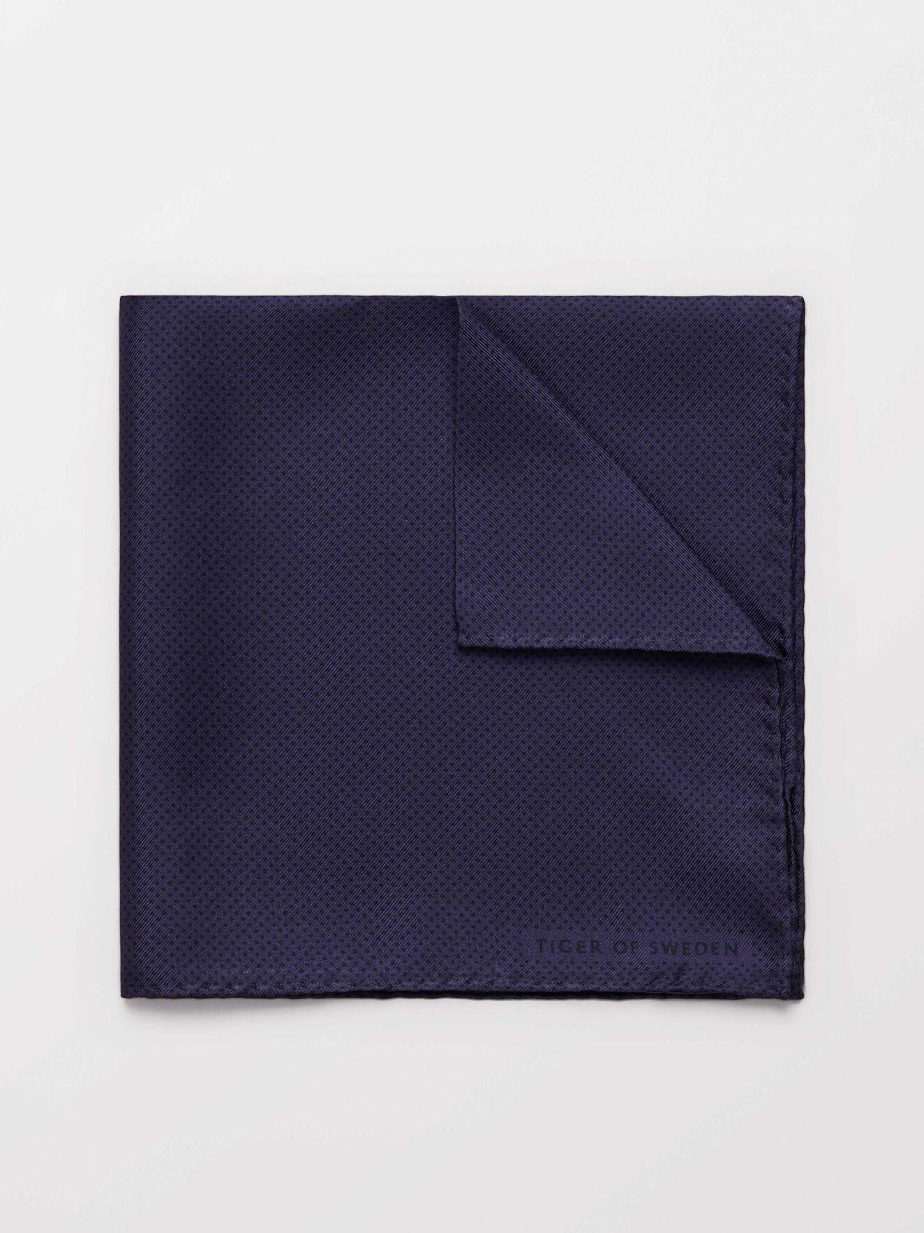 Peia Handkerchief in Deep Purple from Tiger of Sweden
