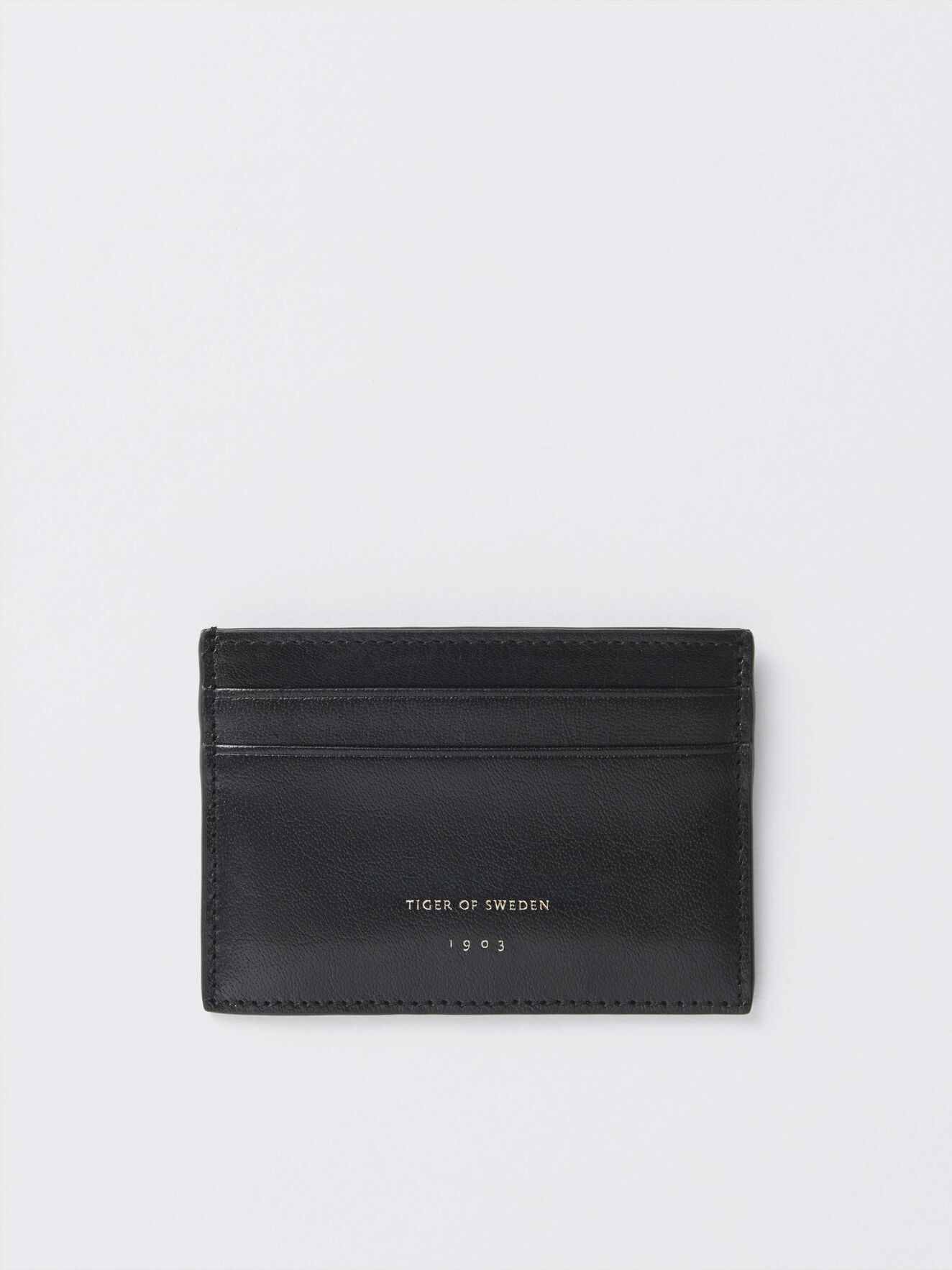 89240712906 Wallets - Buy leather designer wallets online at Tiger of Sweden