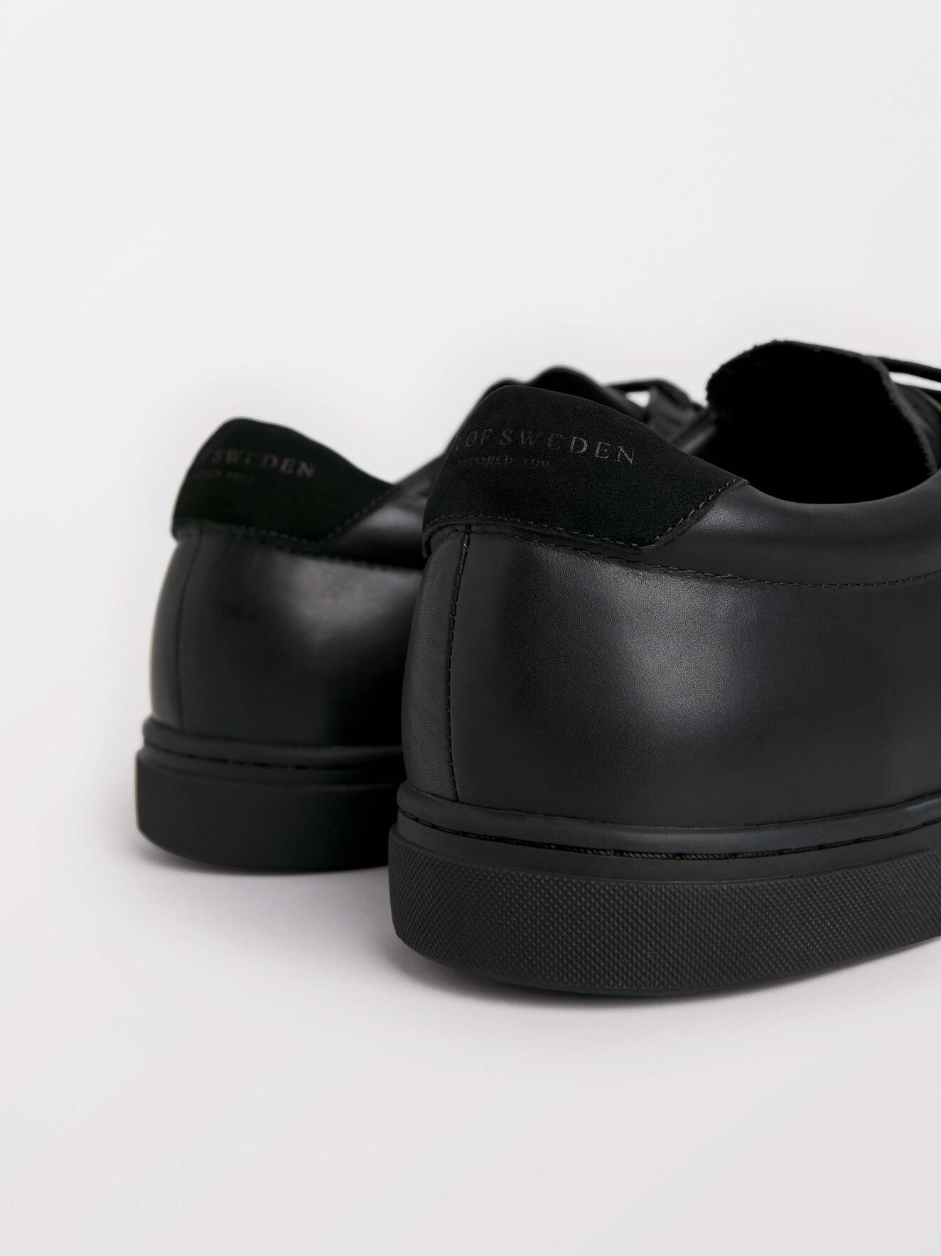 Arne Sneakers in Black from Tiger of Sweden